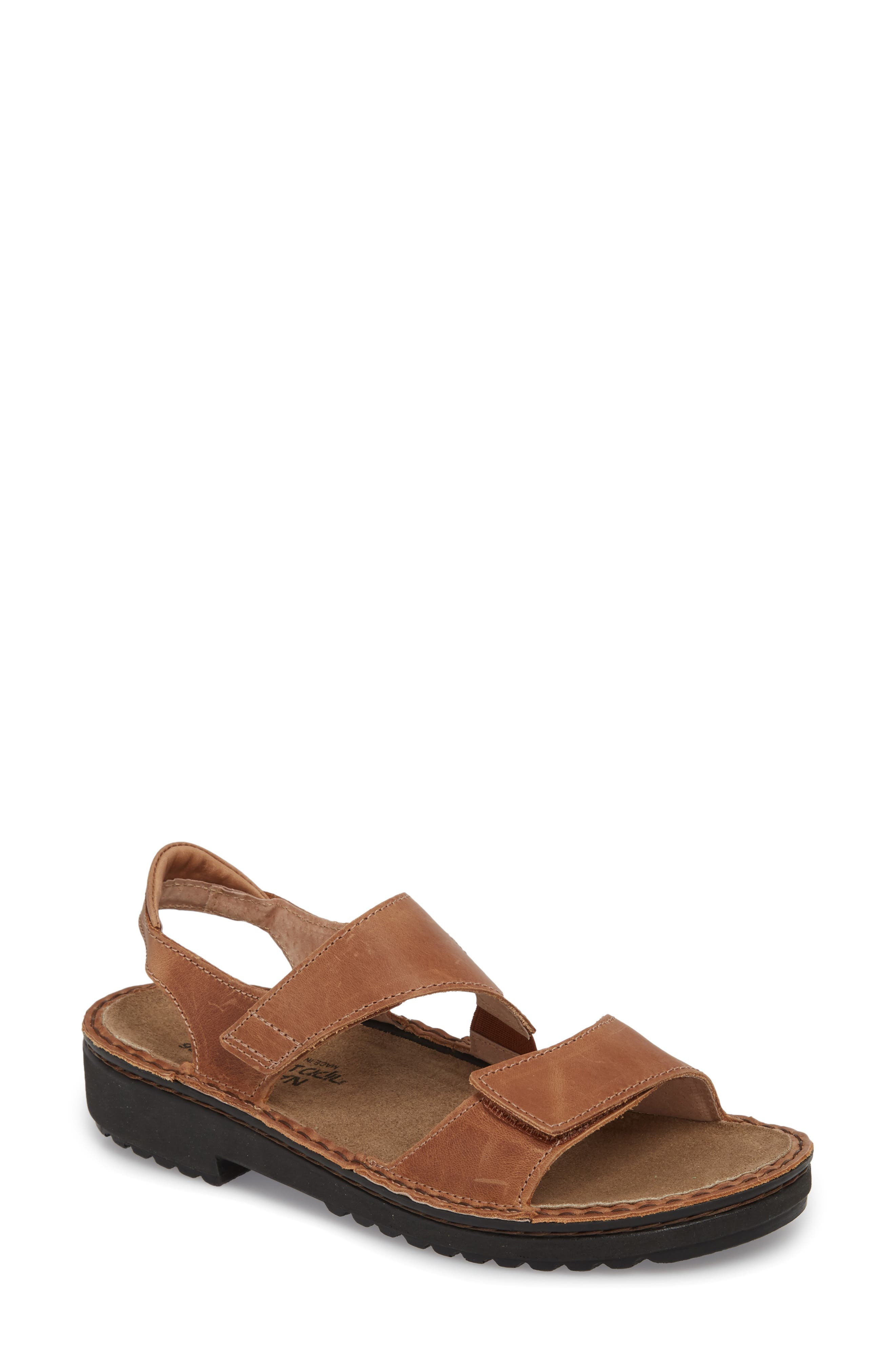Enid Sandal,                         Main,                         color, LATTE BROWN LEATHER