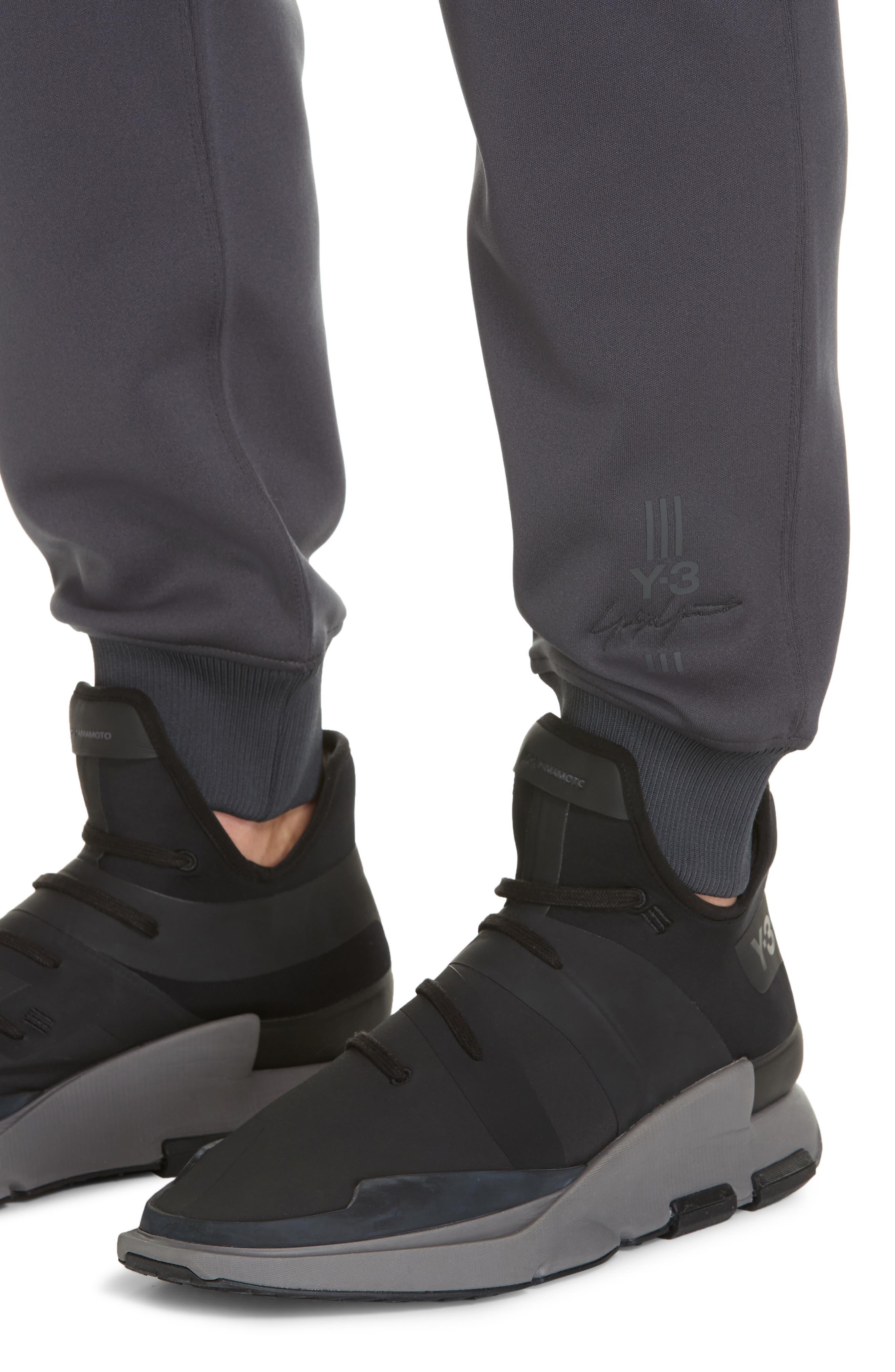 New Classic Sweatpants,                             Alternate thumbnail 4, color,                             DARK GREY