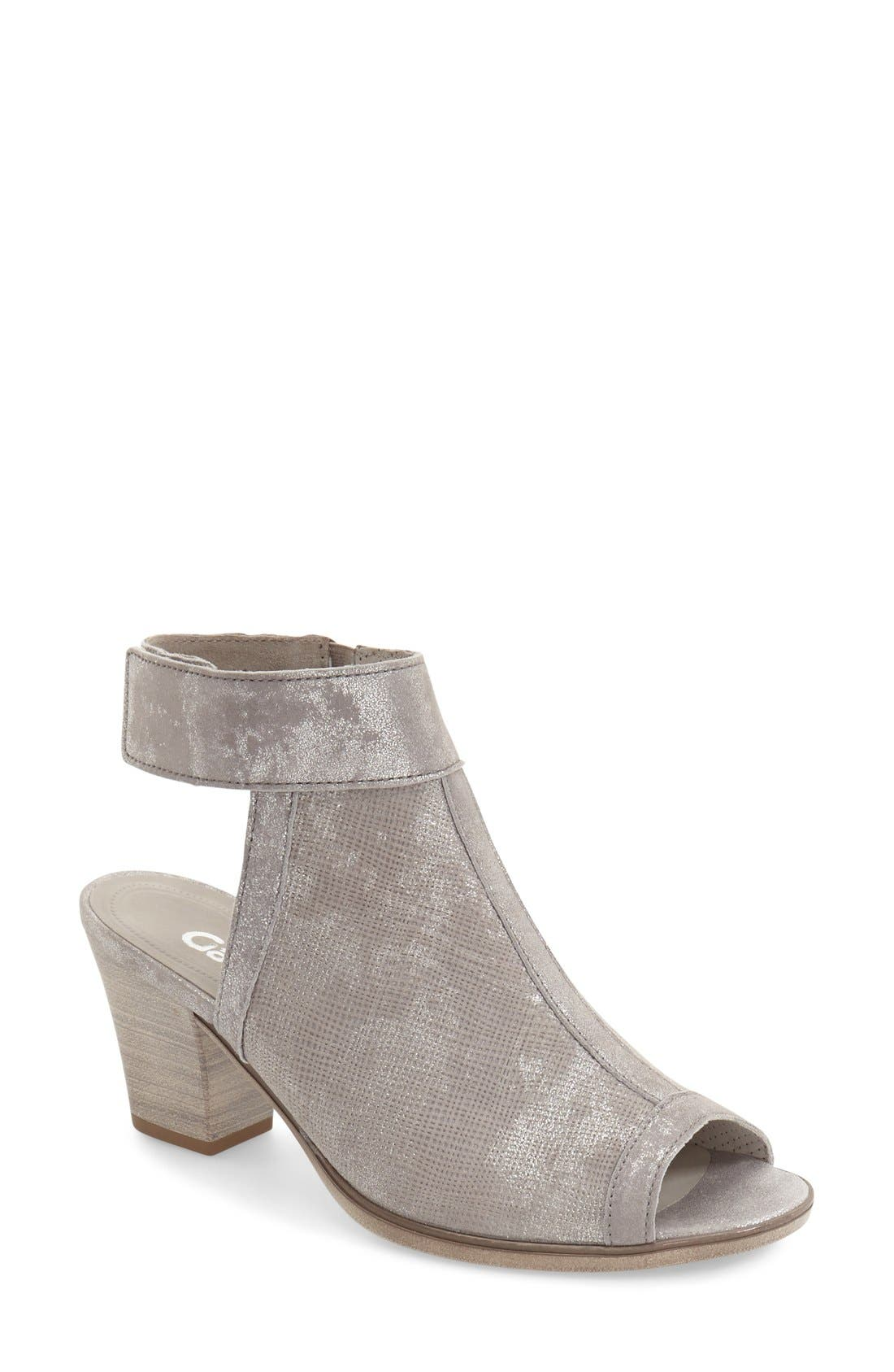 Open Toe Leather Sandal,                         Main,                         color, 040