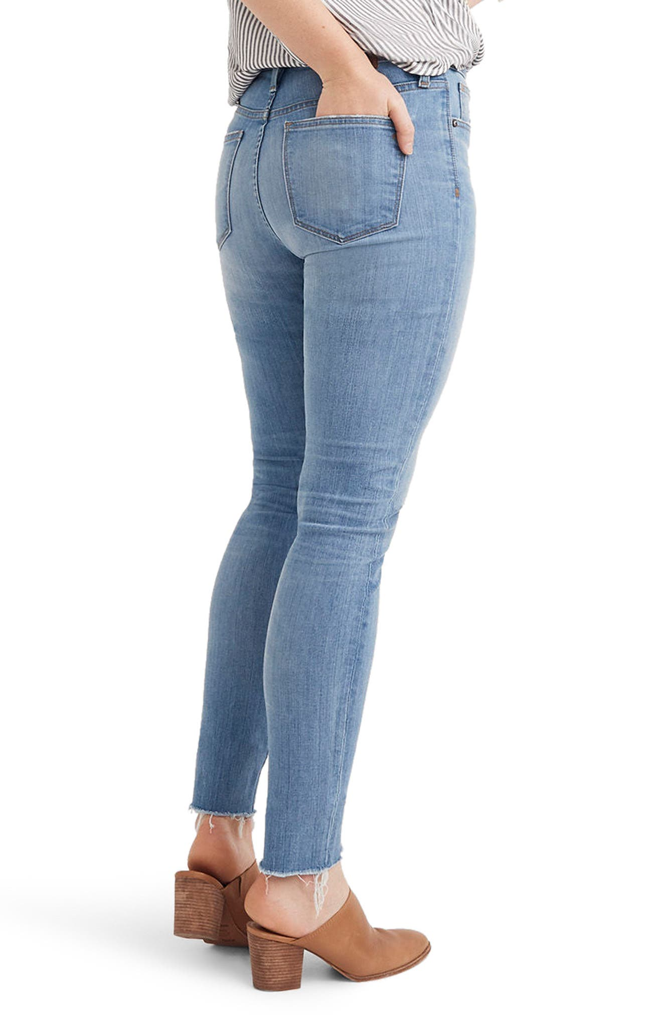 9-Inch High Waist Skinny Jeans,                             Alternate thumbnail 3, color,                             900