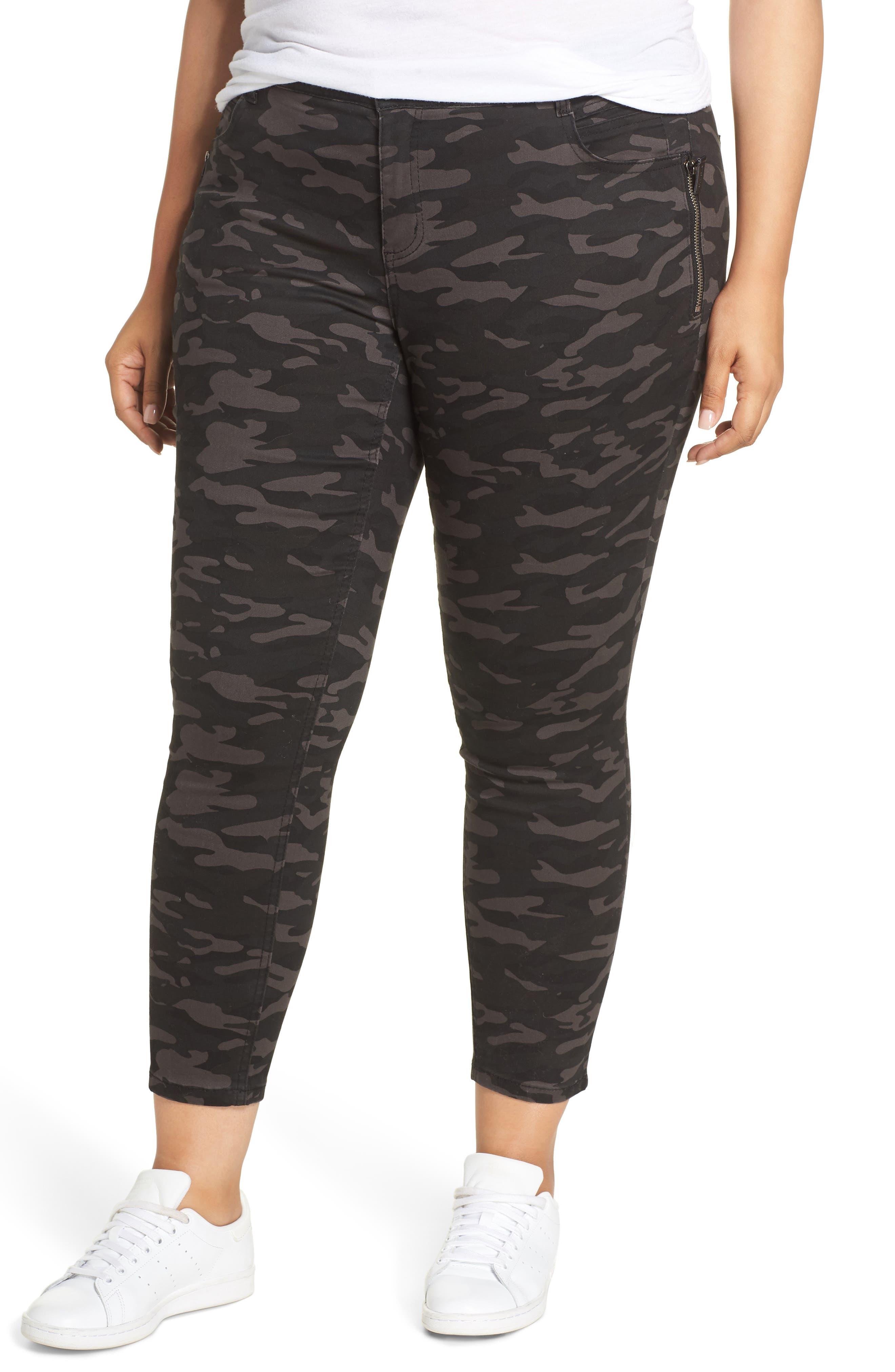 Ab-Solution Camo Ankle Pants,                         Main,                         color, BLACK