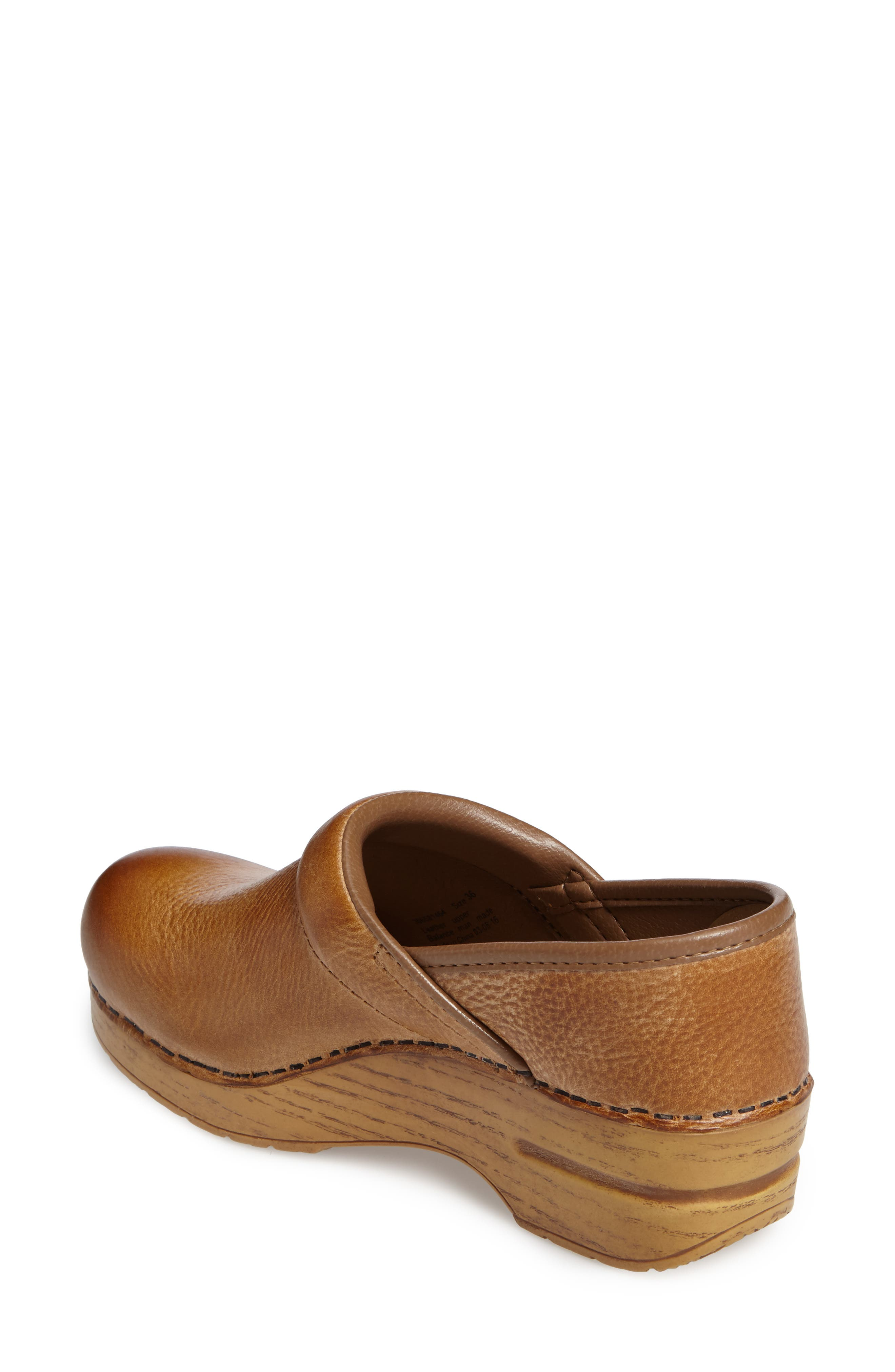 Distressed Professional Clog,                             Alternate thumbnail 2, color,                             HONEY LEATHER