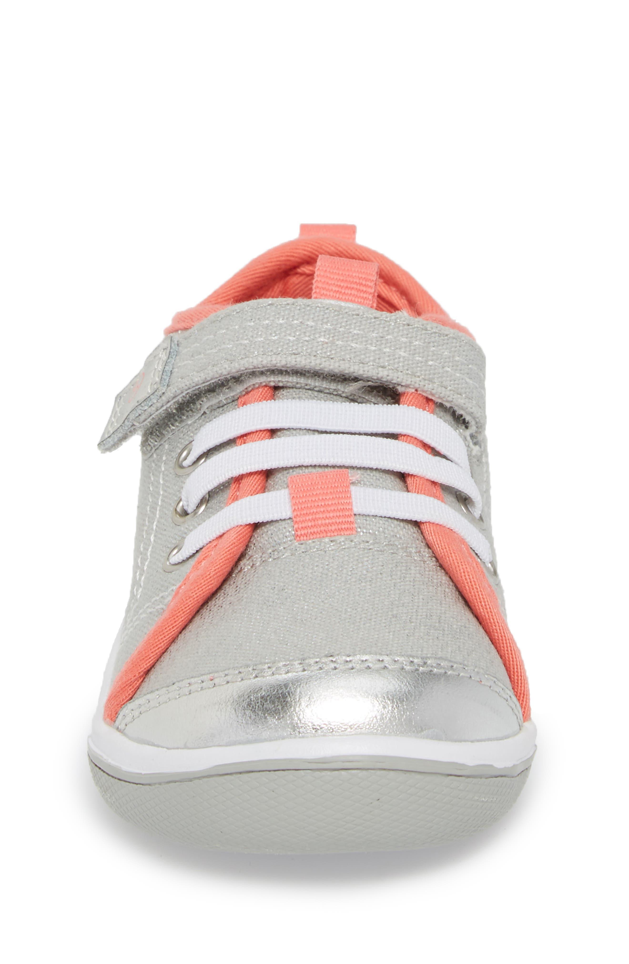 Dakota Sneaker,                             Alternate thumbnail 4, color,                             LIGHT GREY CANVAS