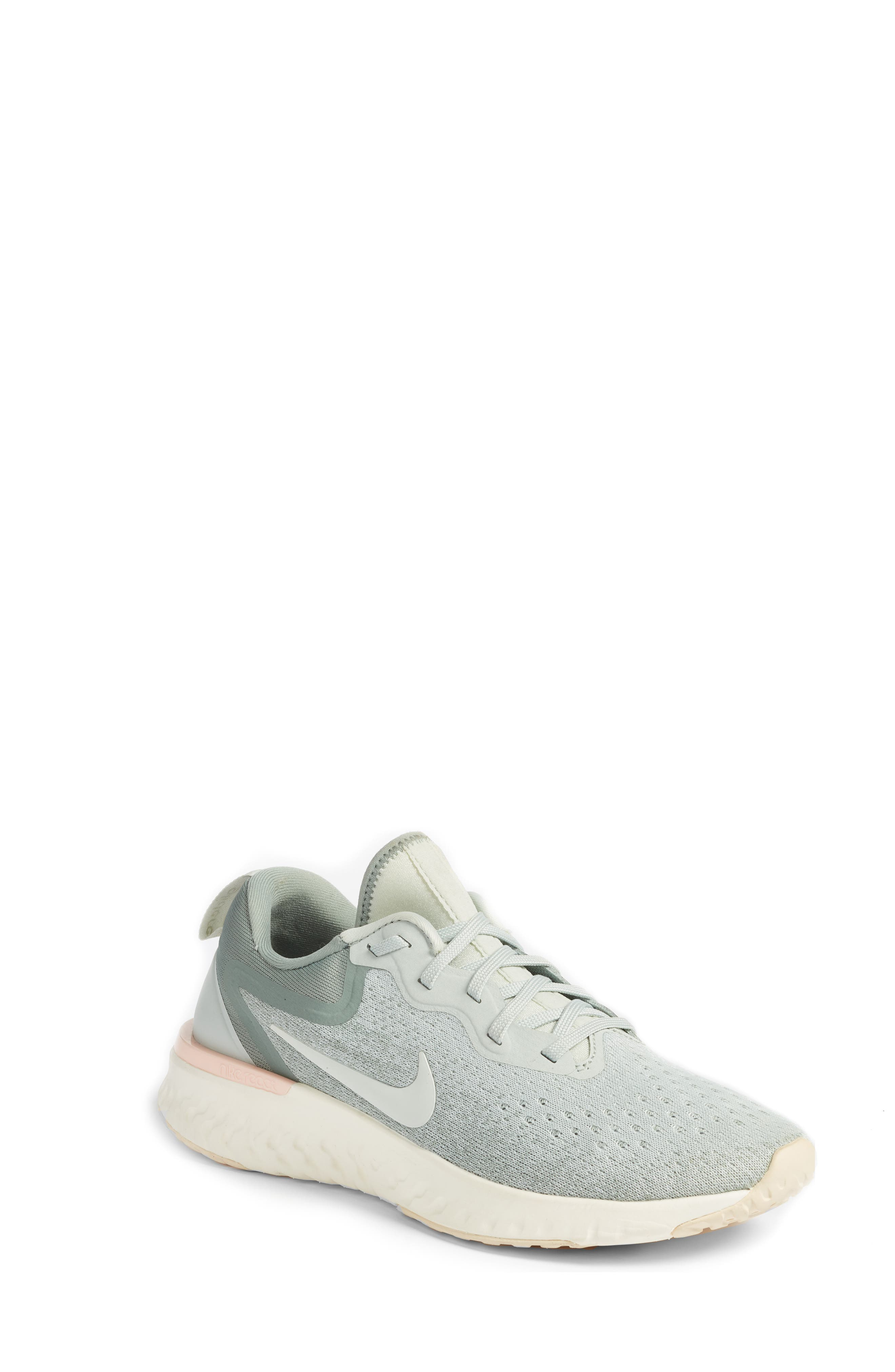 Odyssey React Running Shoe,                         Main,                         color, LIGHT SILVER/ SAIL/ MICA GREEN