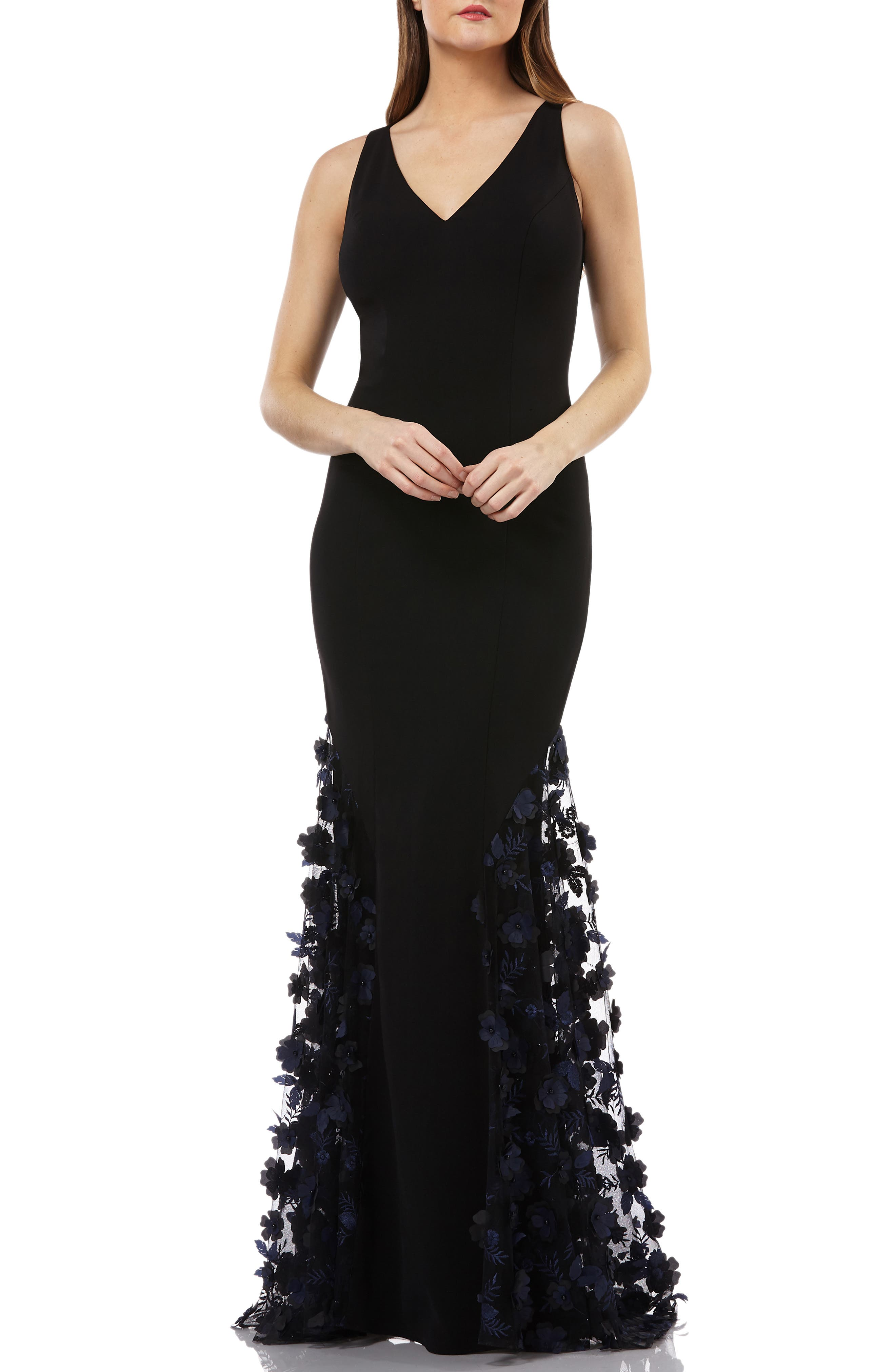 CARMEN MARC VALVO INFUSION Sleeveless Crepe Trumpet Gown With 3D Floral Mesh Detail in Black/Blue