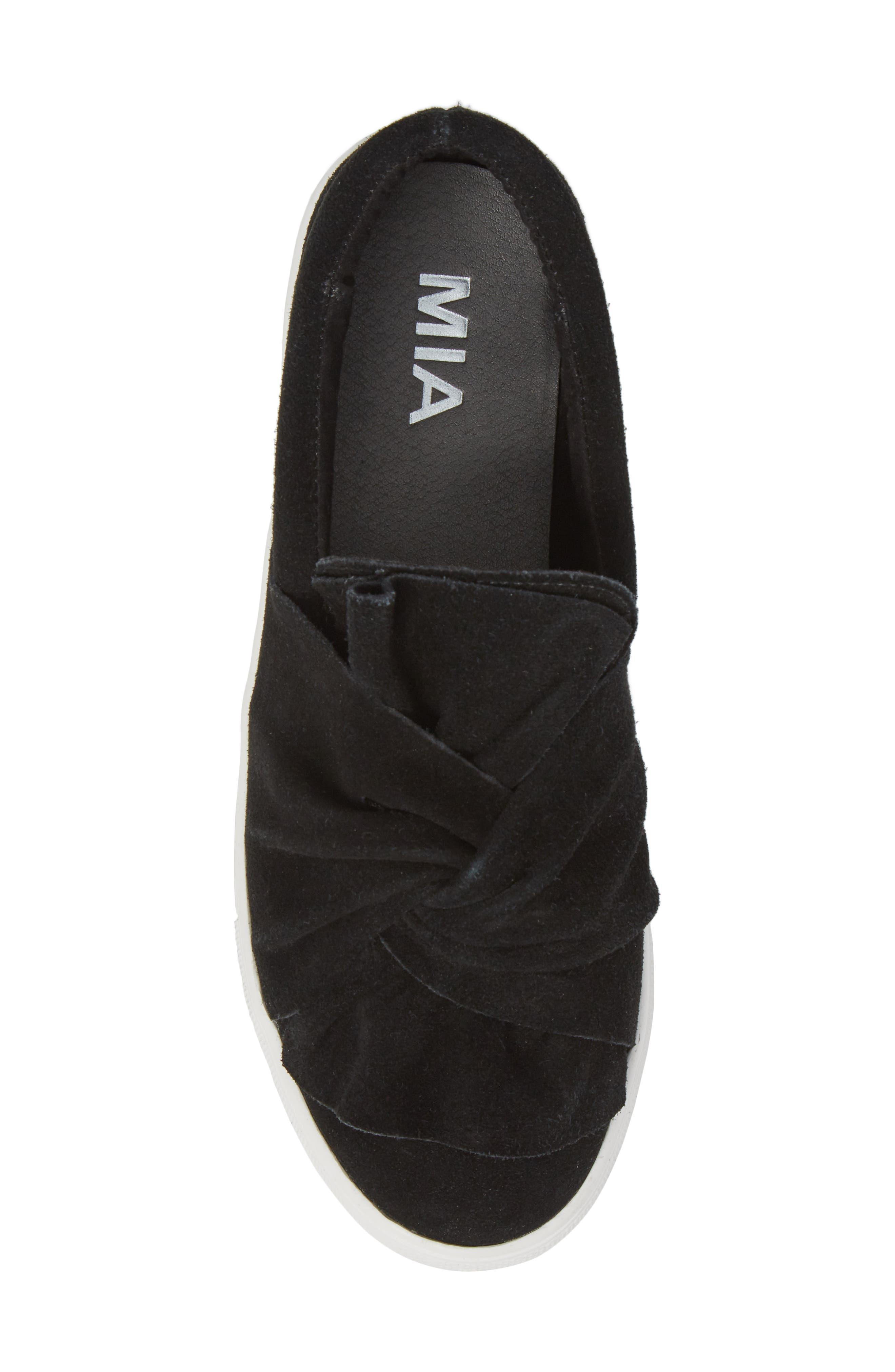 Zahara Slip-On Sneaker,                             Alternate thumbnail 5, color,                             001