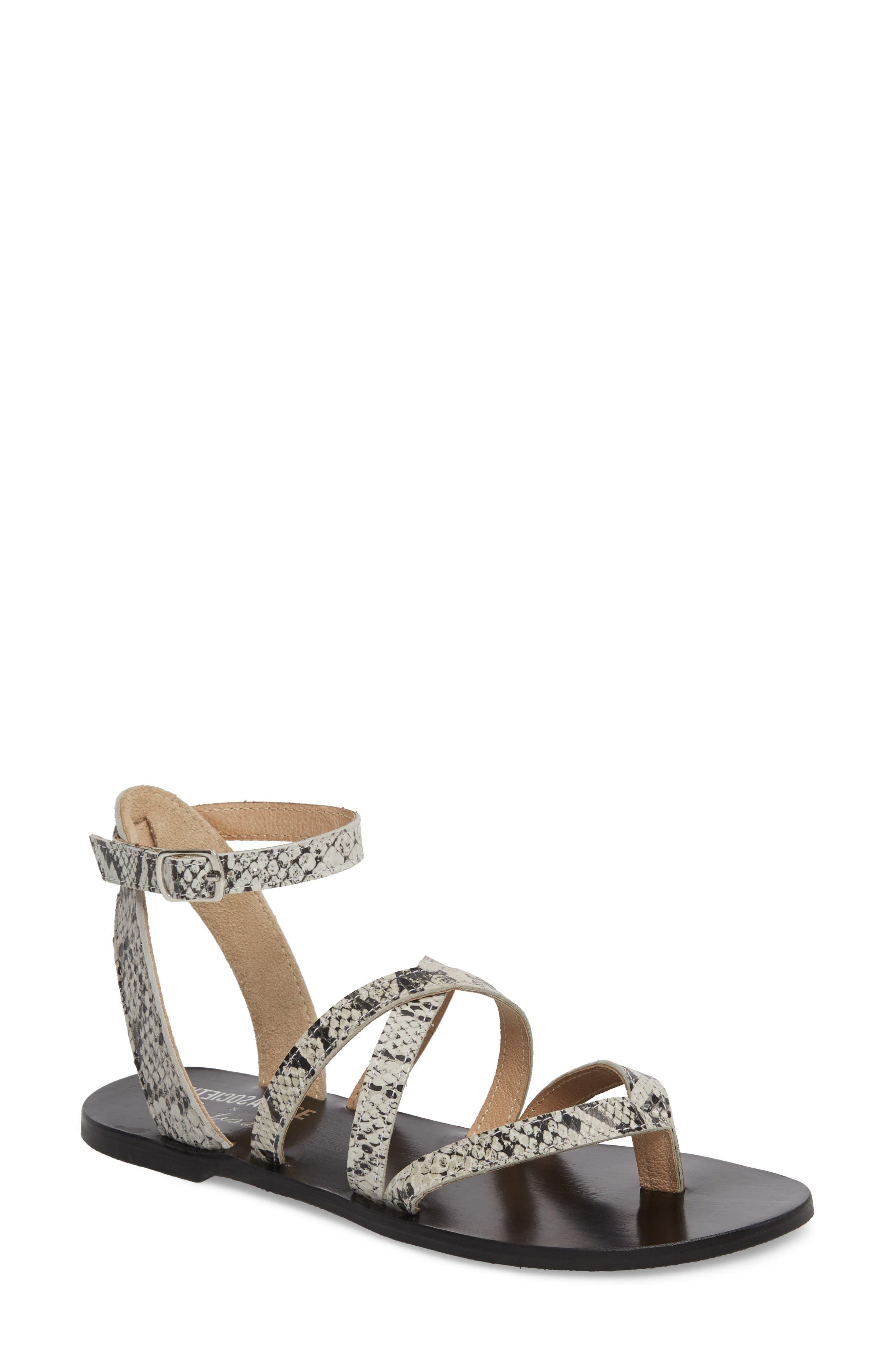 Matisse Strappy Sandal, Black