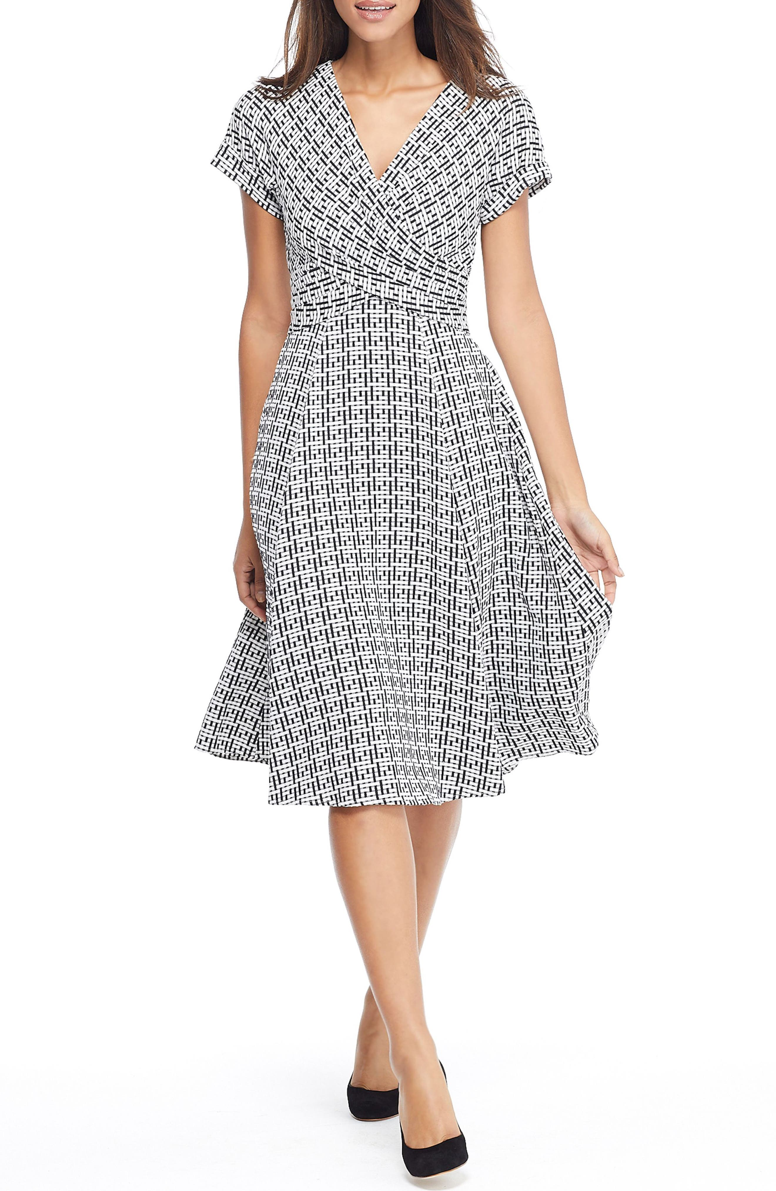 Gal Meets Glam Collection Carson Variegated Gingham Bow Back Dress, Black