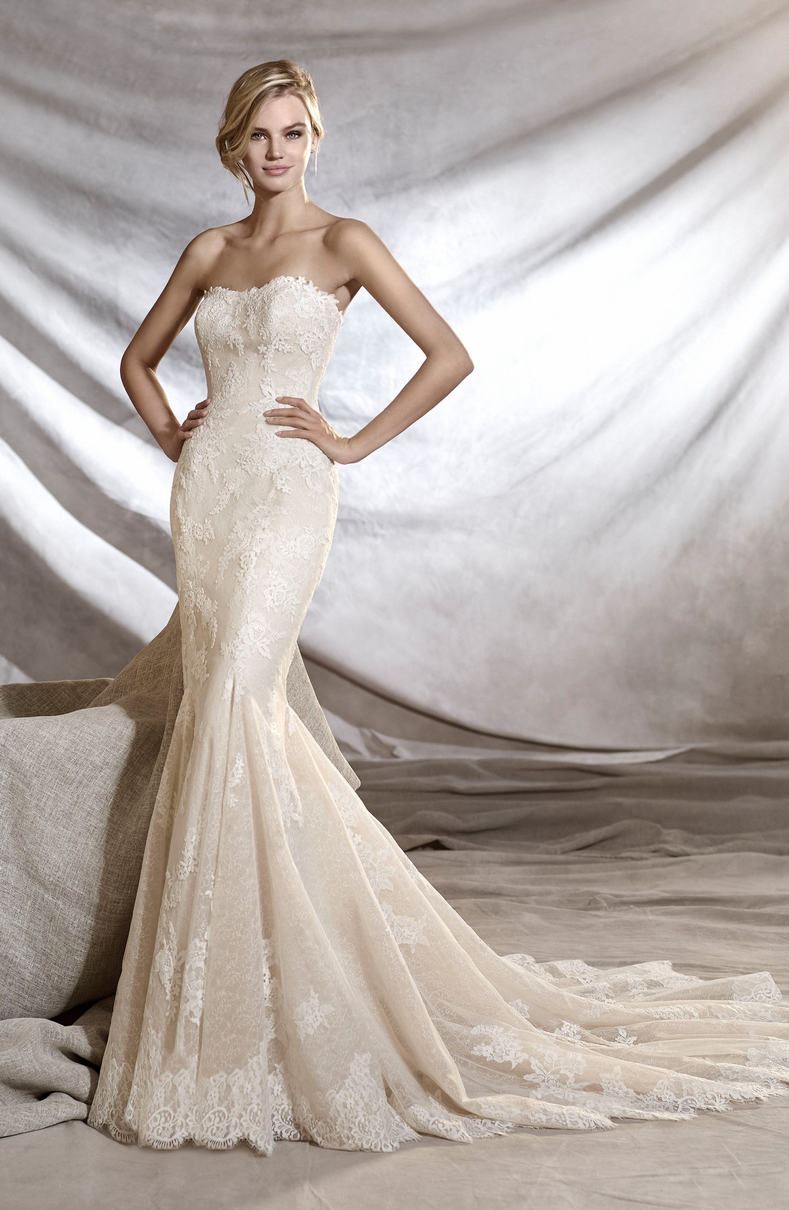 Orinoco Strapless Tulle & Lace Mermaid Gown,                             Alternate thumbnail 2, color,