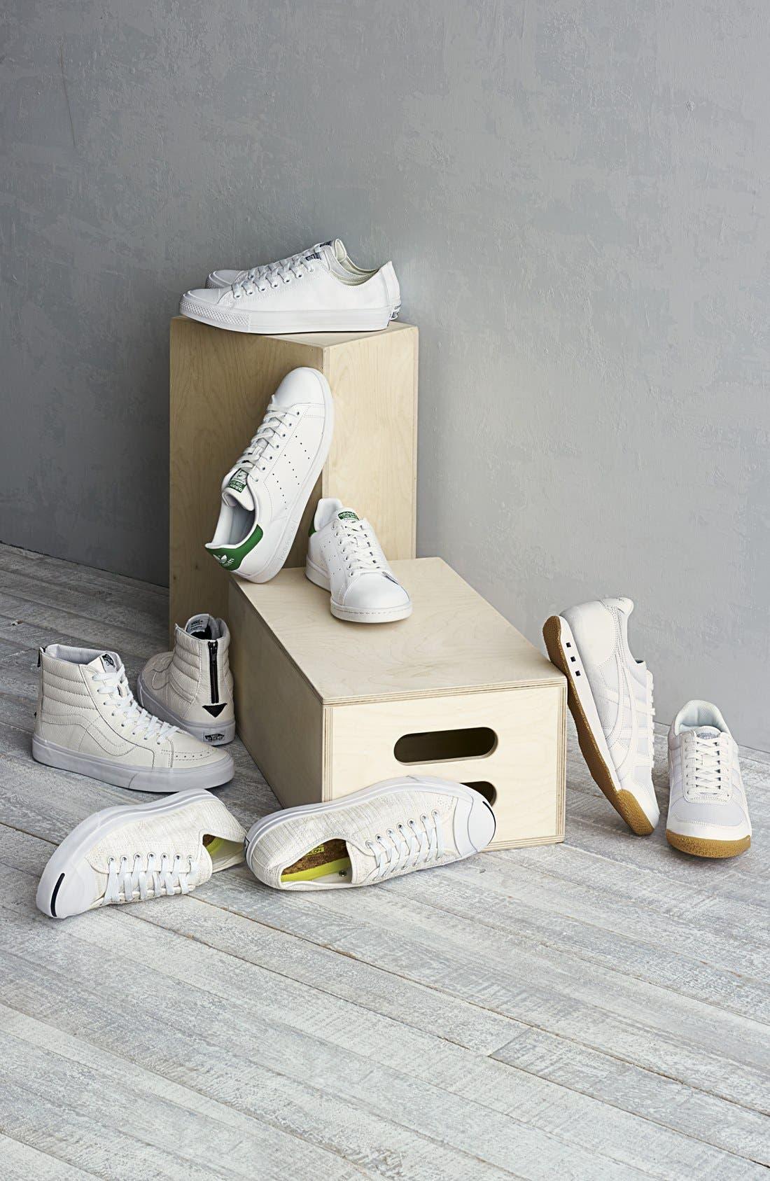'Sk8-Hi Reissue' Sneaker,                             Alternate thumbnail 5, color,                             001