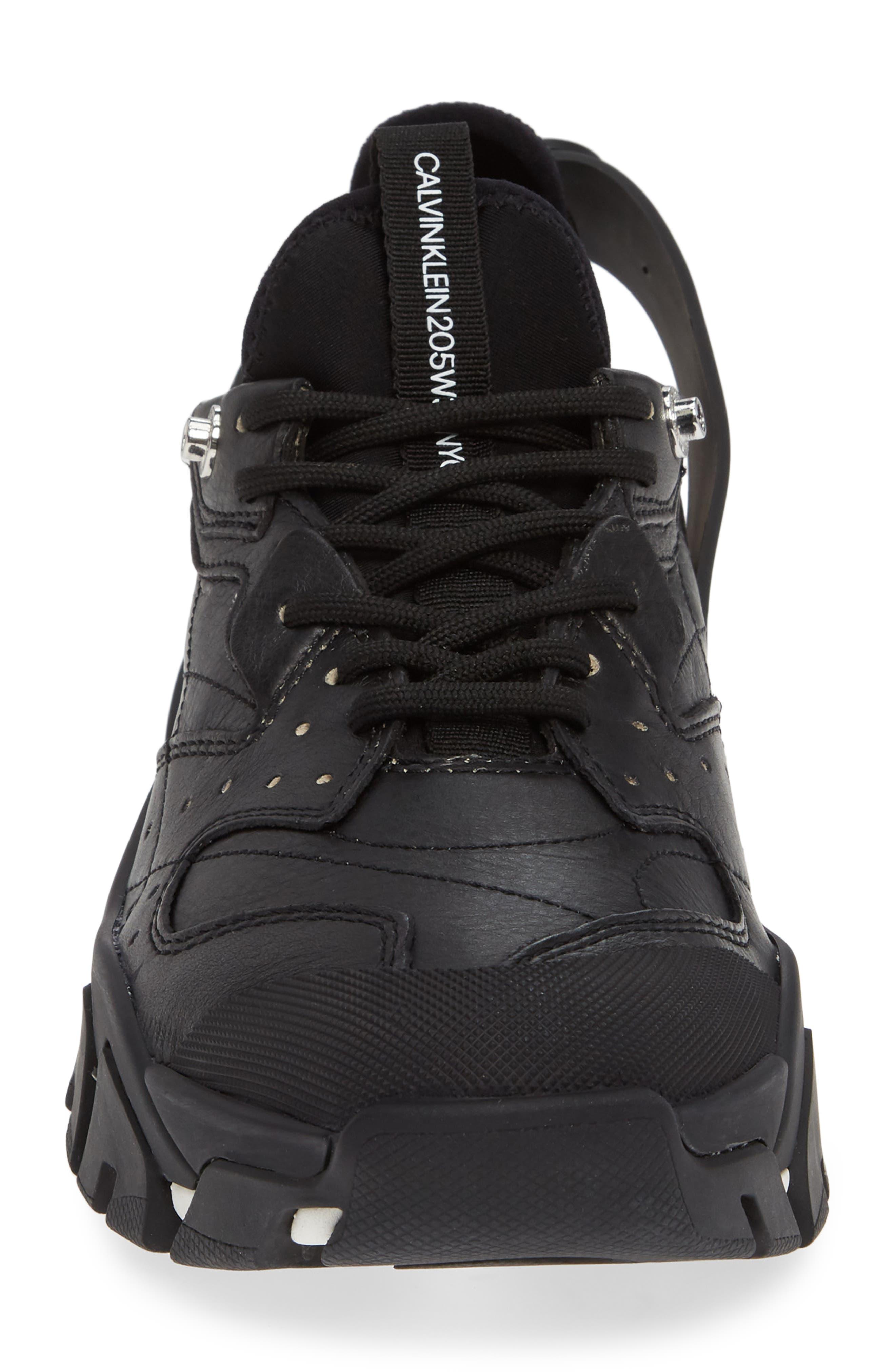 Carlos 10 Snapback Runner Sneaker,                             Alternate thumbnail 4, color,                             BLACK/ WHITE
