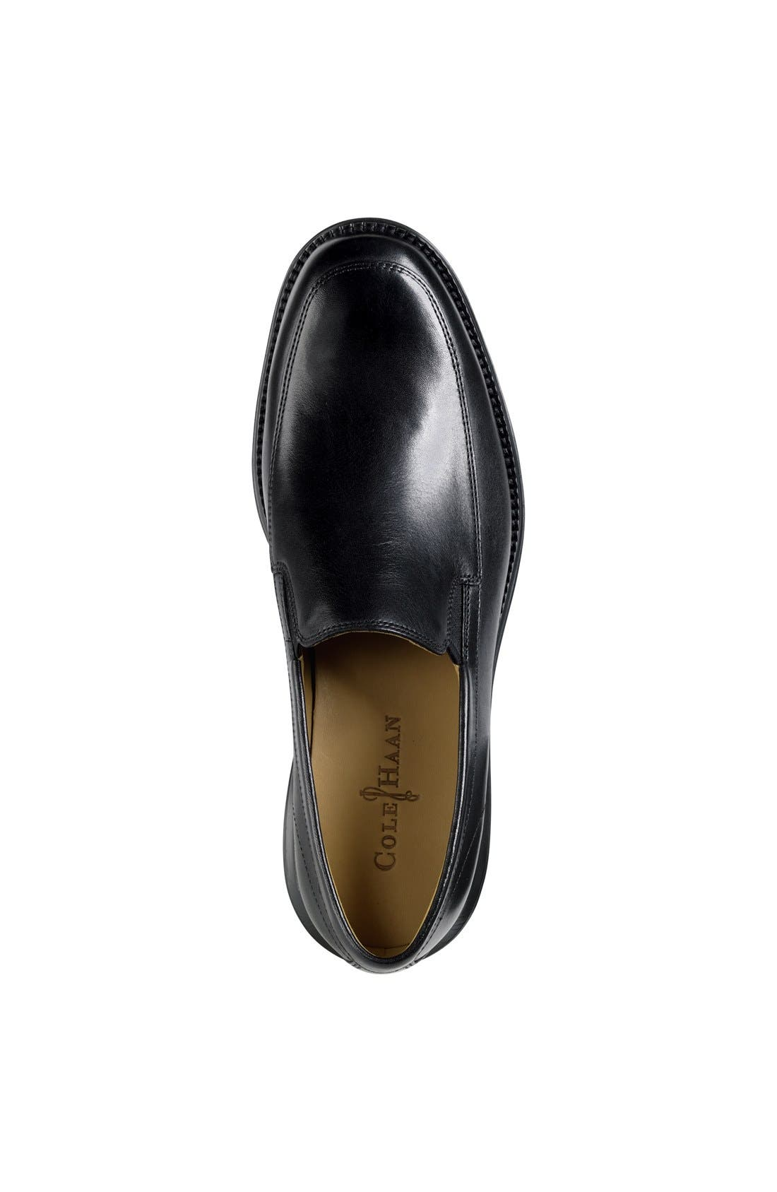 COLE HAAN,                             'LunarGrand' Apron Toe Loafer,                             Alternate thumbnail 4, color,                             001