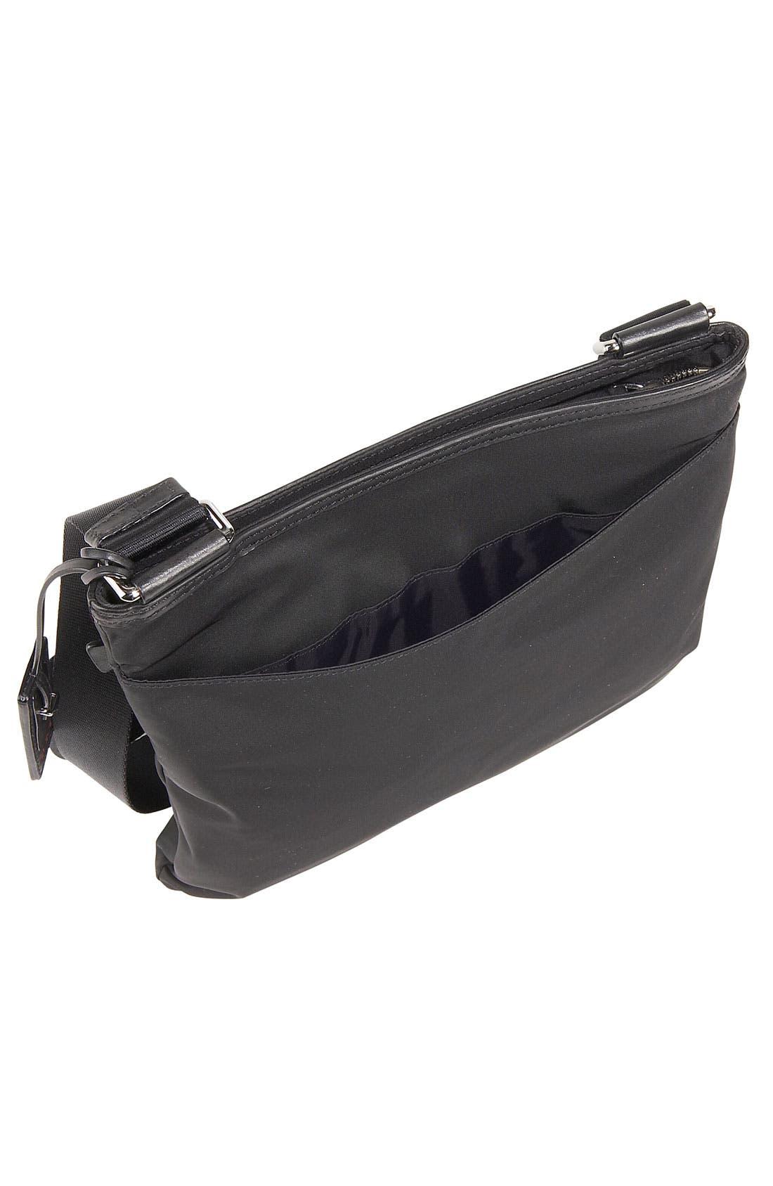 'Voyager - Capri' Crossbody Bag,                             Alternate thumbnail 3, color,                             001