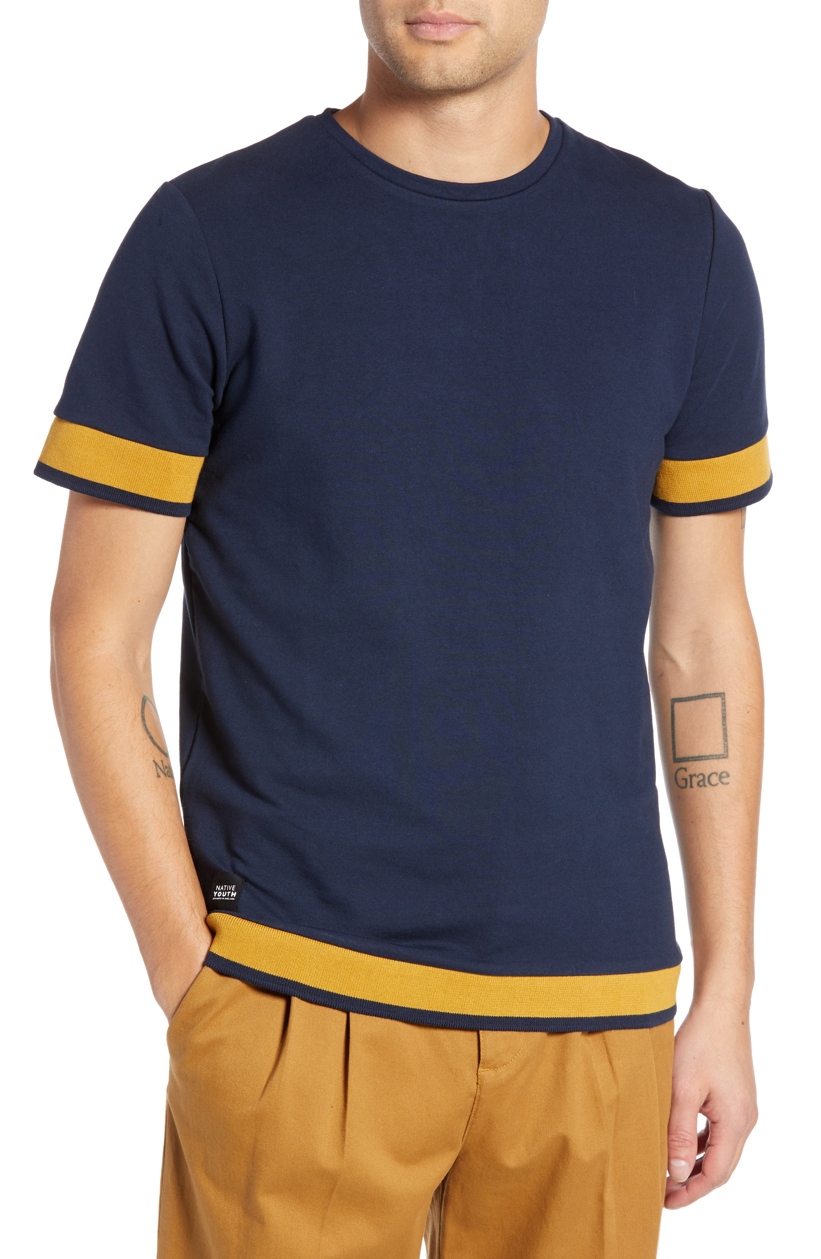 NATIVE YOUTH Tipped T-Shirt in Navy