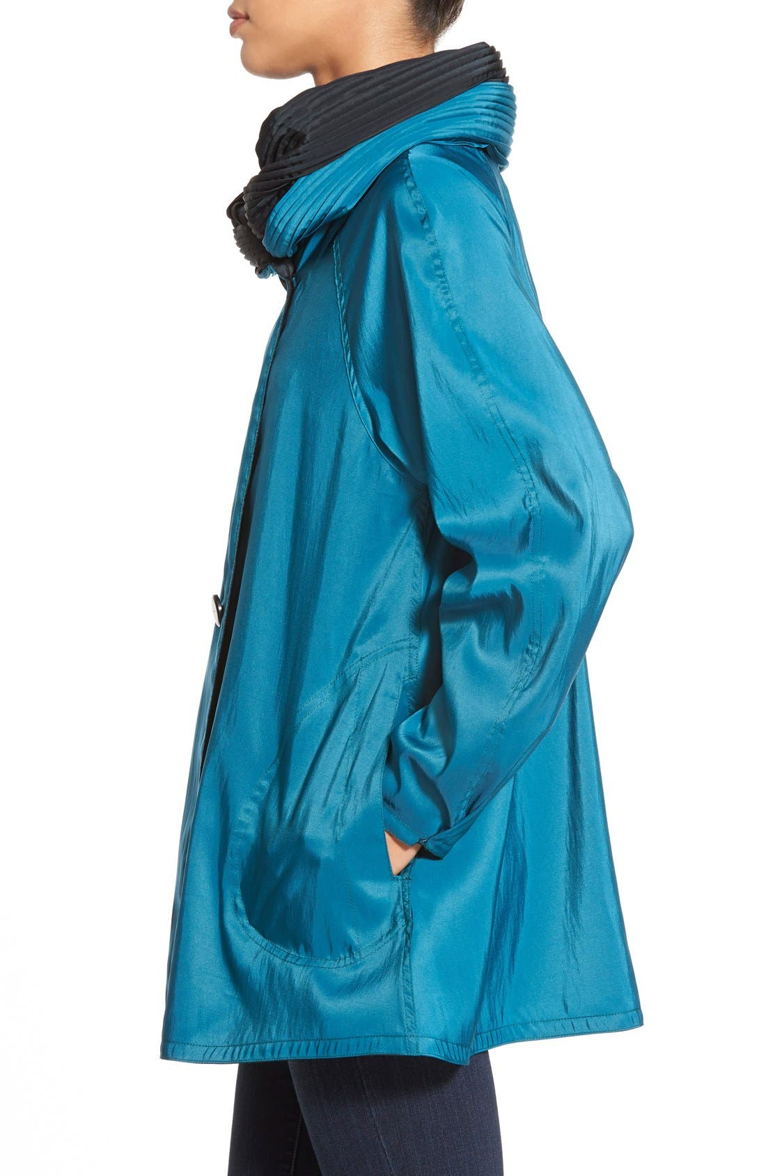 'Mini Donatella' Reversible Pleat Hood Packable Travel Coat,                             Alternate thumbnail 52, color,