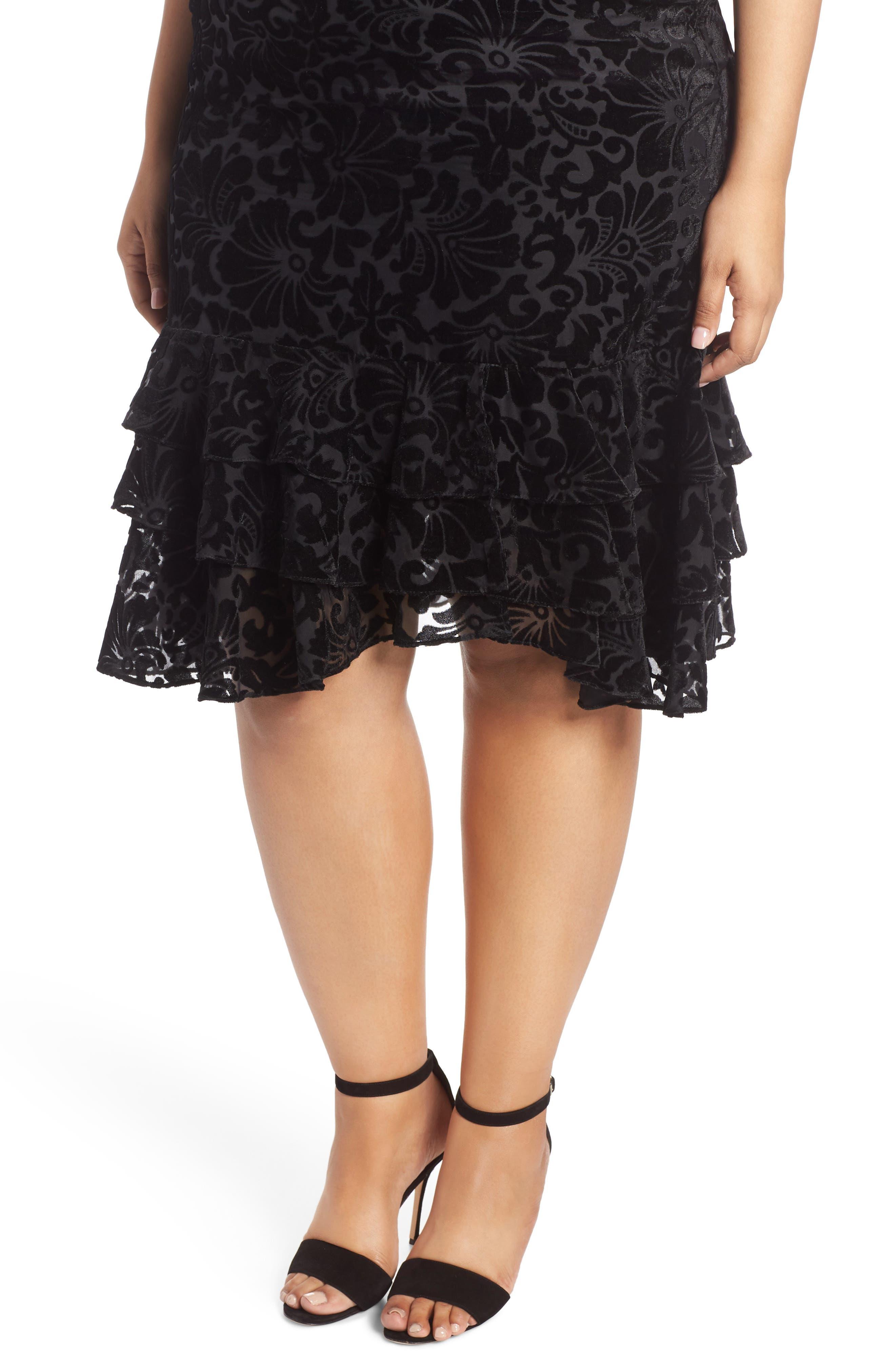 CHELSEA28,                             Burnout Velvet Sheath Dress,                             Alternate thumbnail 5, color,                             001