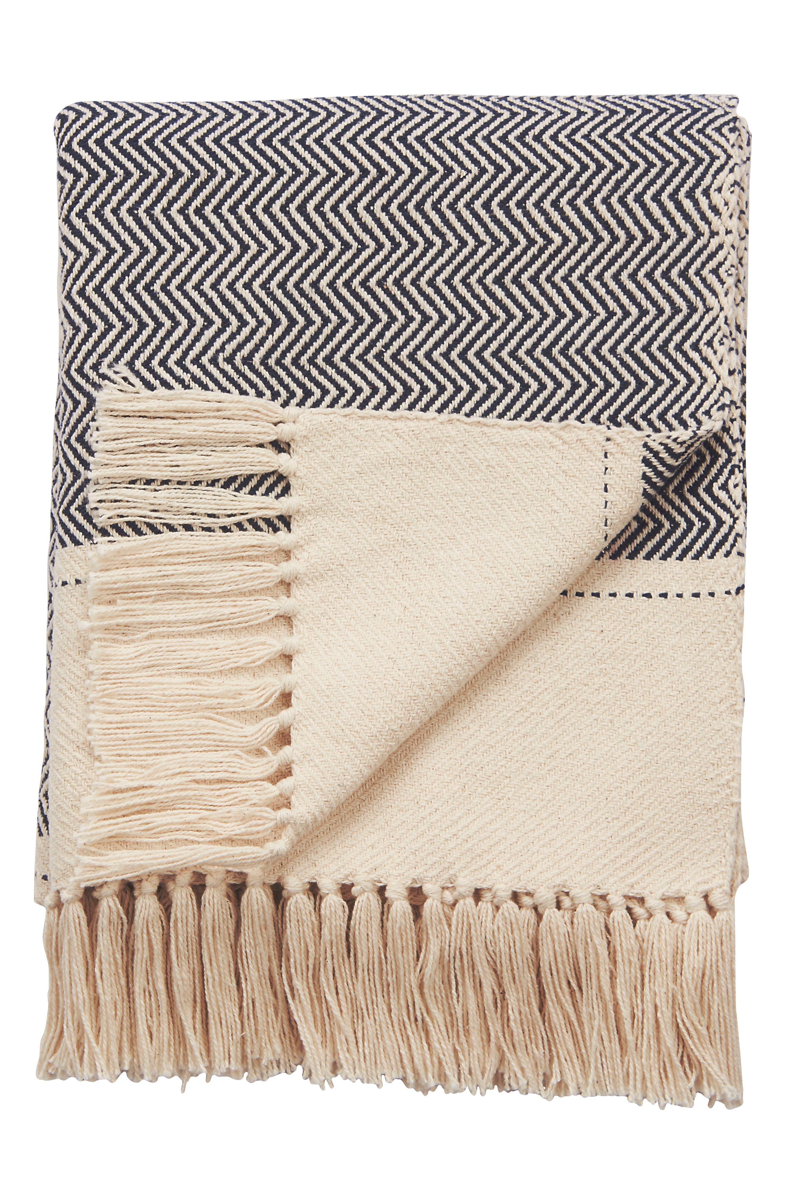 Spirit Hand Loomed Throw Blanket,                         Main,                         color, BLACK/ WHITE