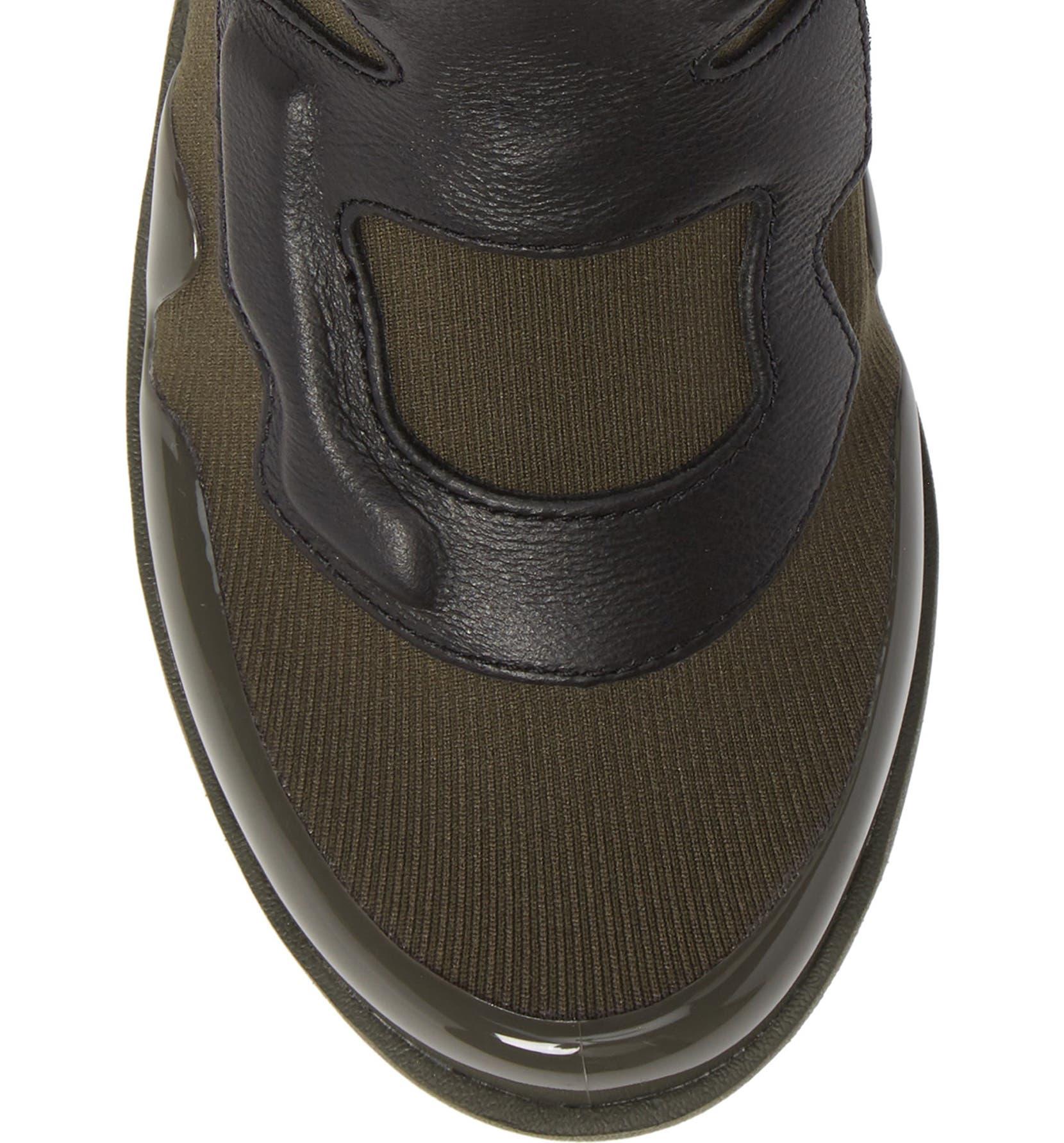 20d4f964289 Nike Air VaporMax Light II Sneaker (Women)