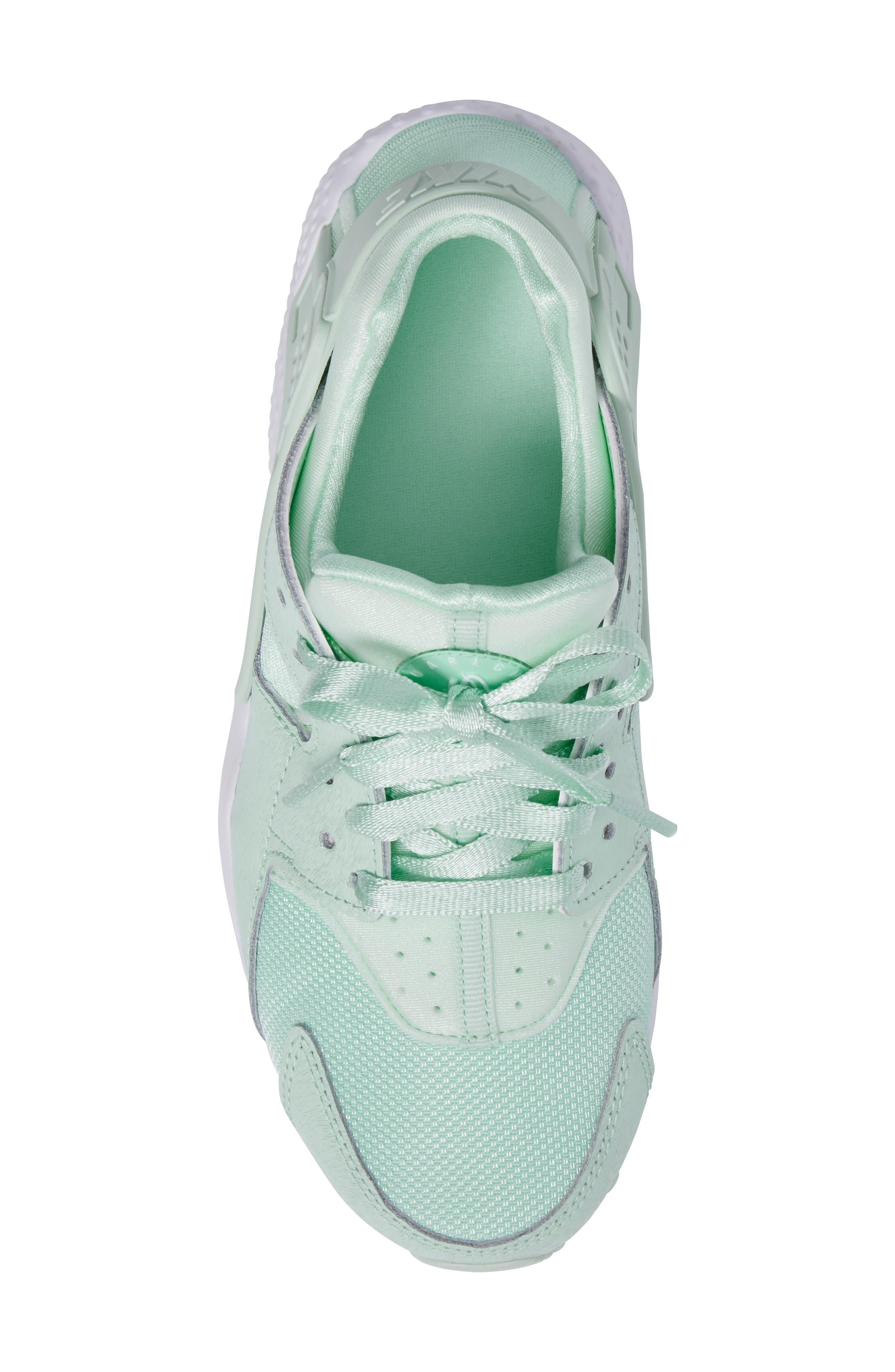 Huarache Run SE Sneaker,                             Alternate thumbnail 30, color,