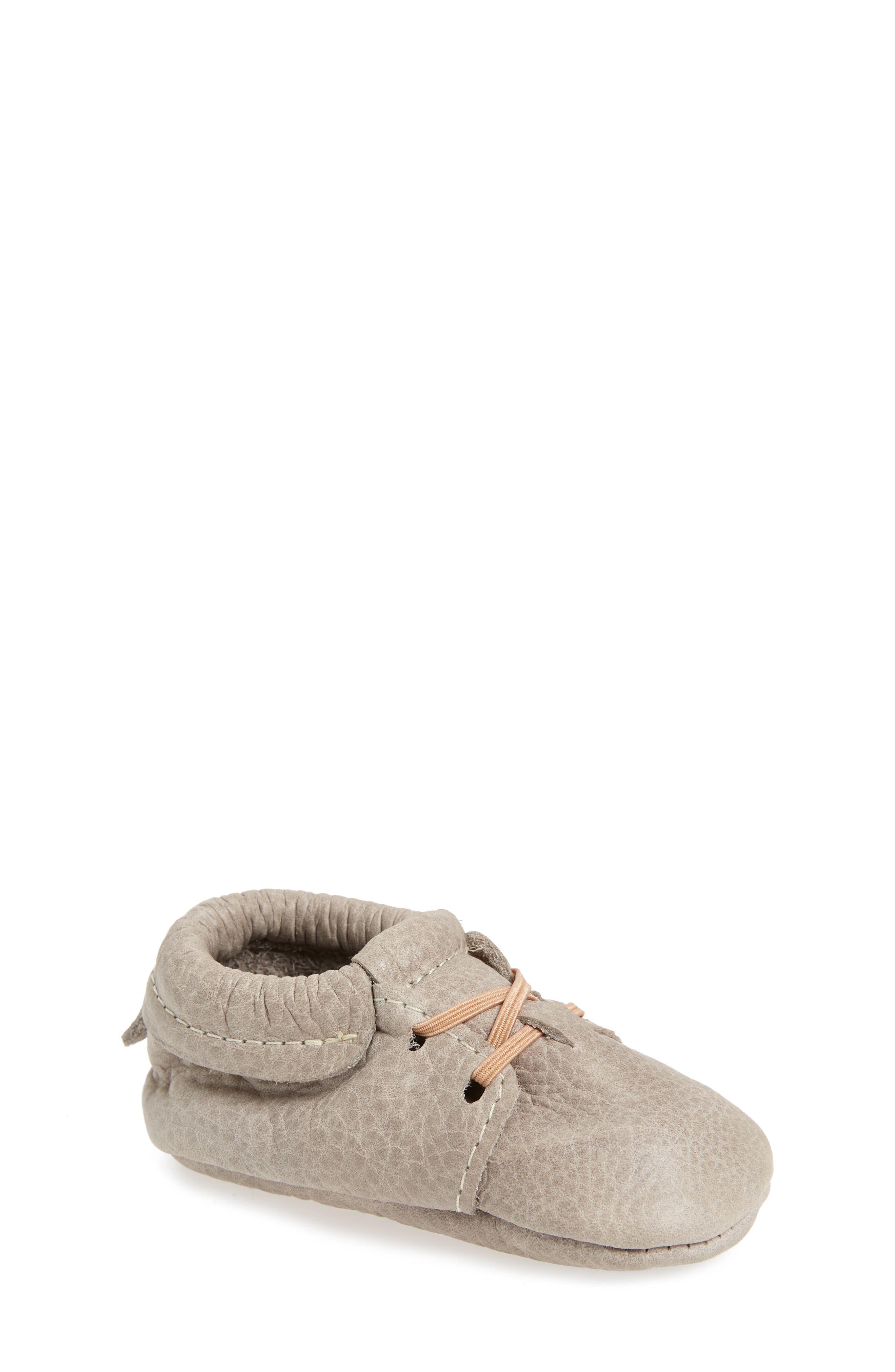 Oxford Crib Shoe,                         Main,                         color, GRAY