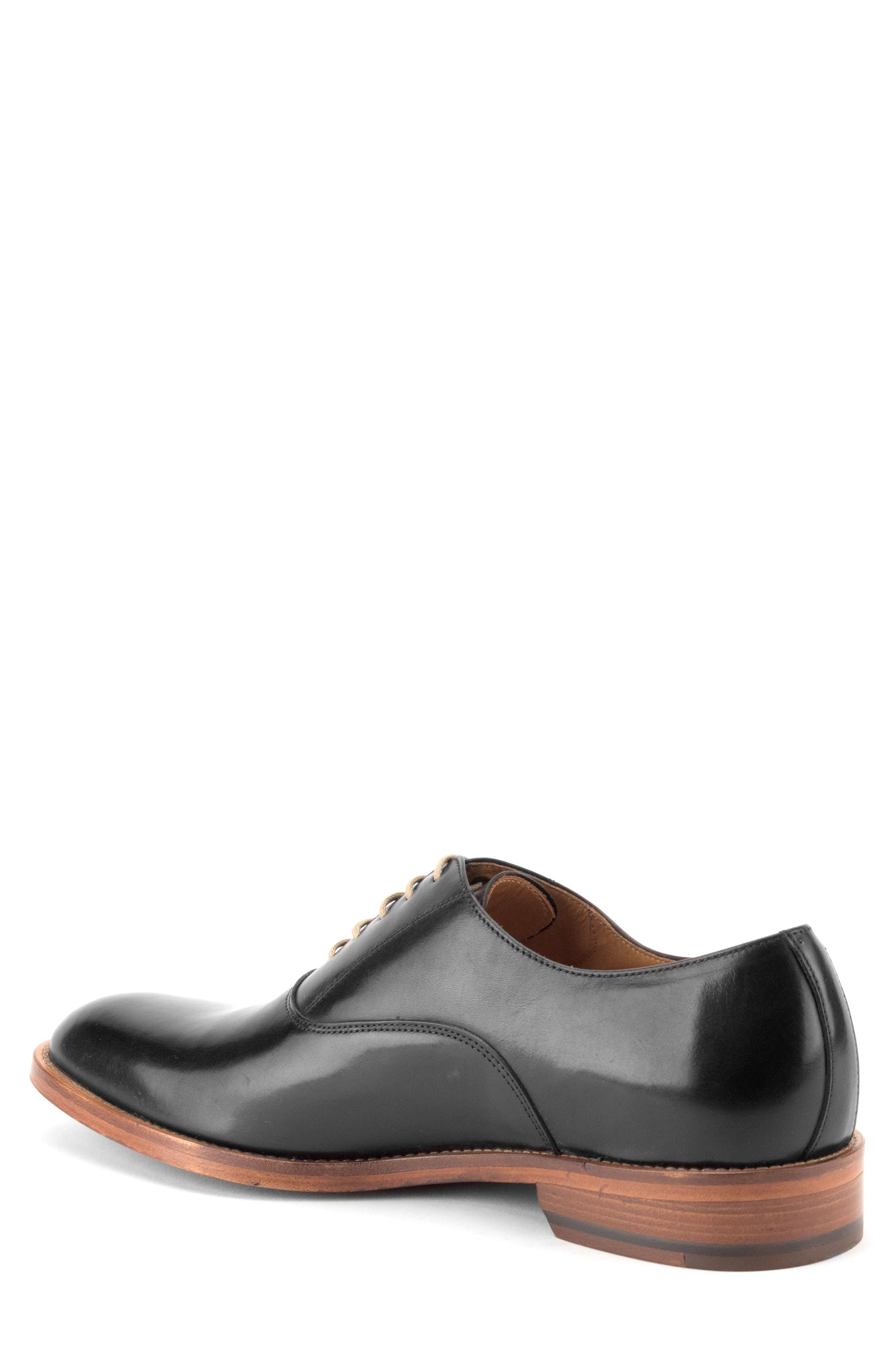 Oliver Plain Toe Oxford,                             Alternate thumbnail 2, color,                             BLACK LEATHER