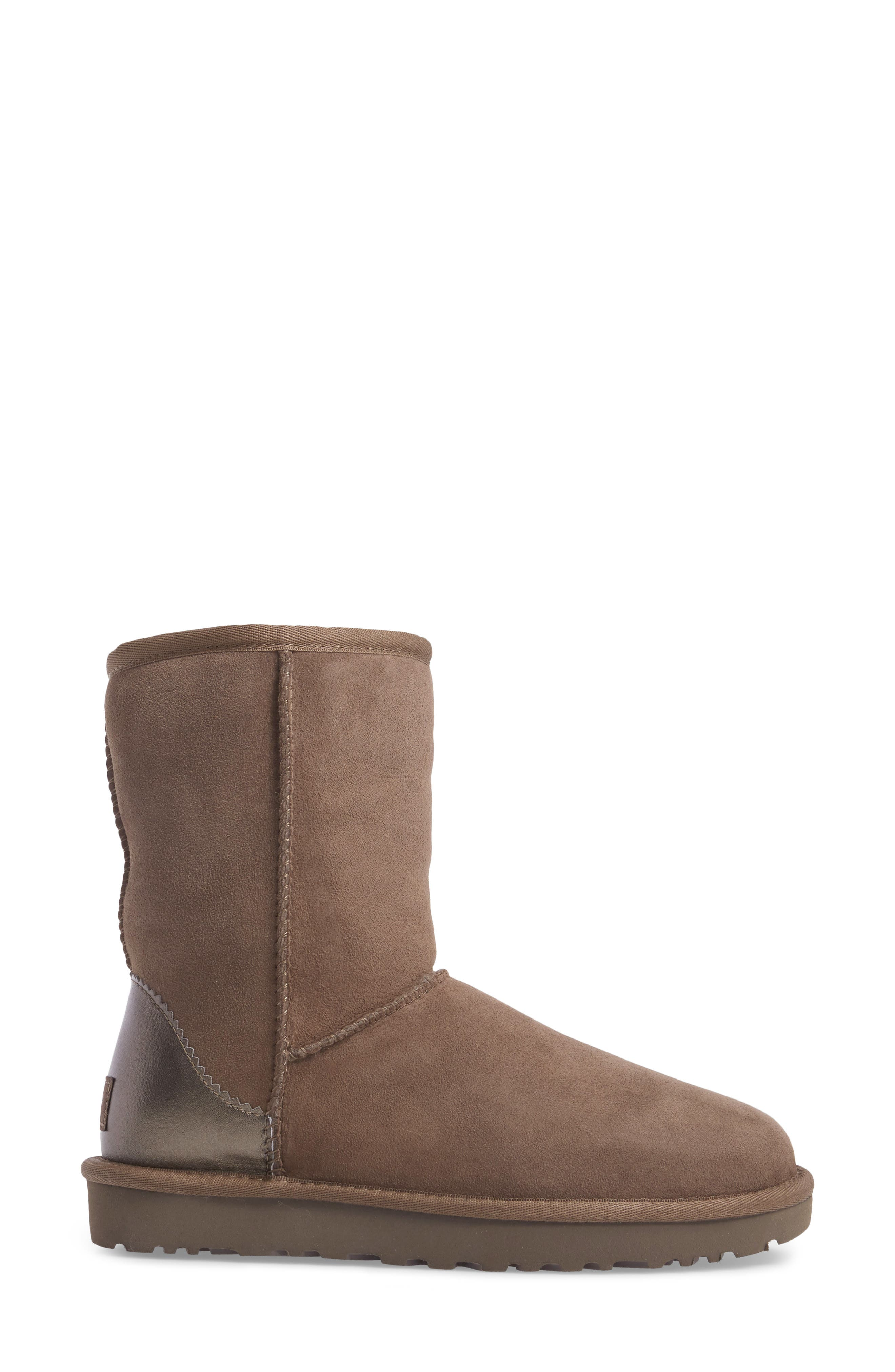 Classic II Short Boot,                             Alternate thumbnail 3, color,                             023