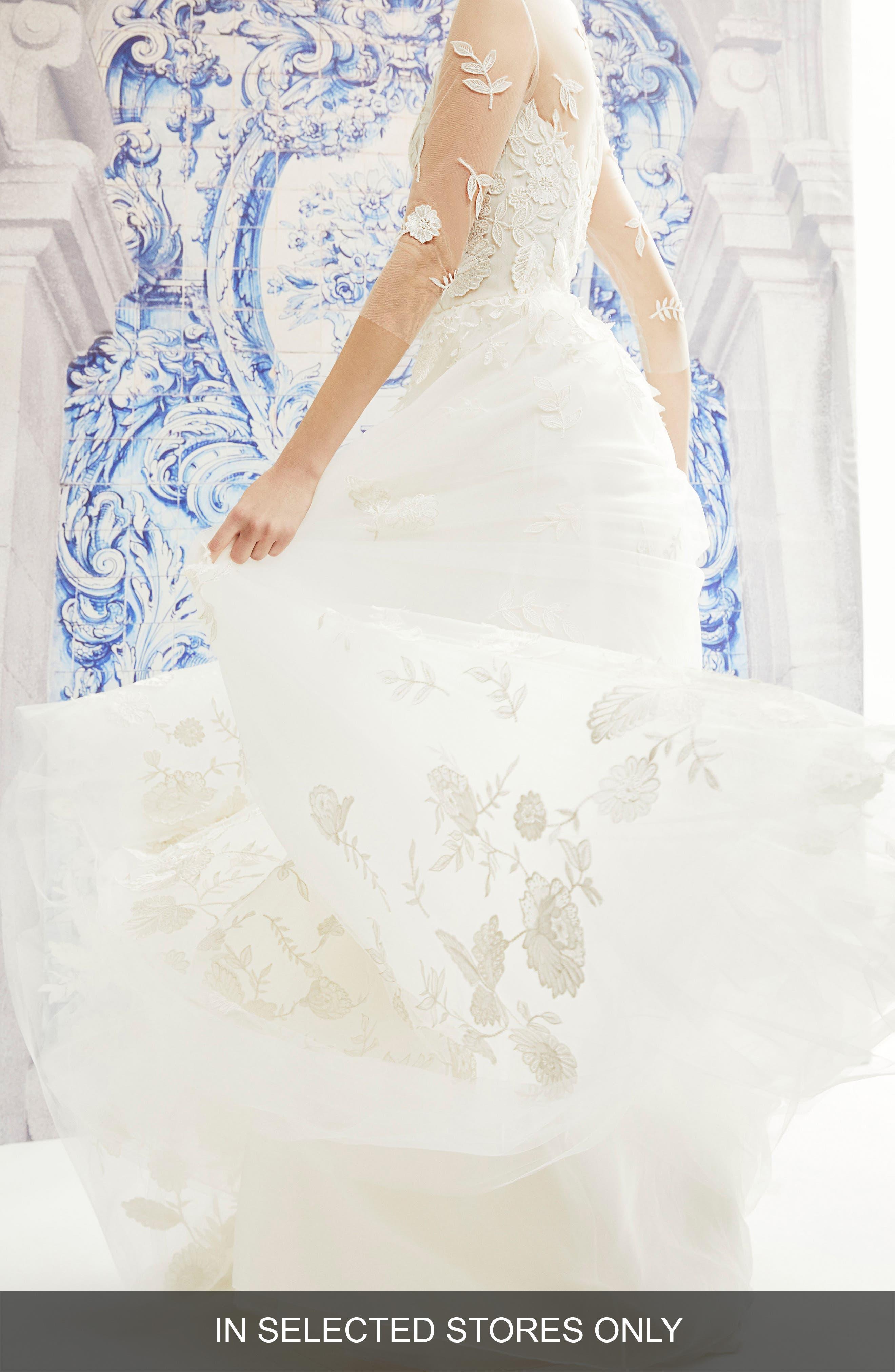 CAROLINA HERRERA India Floral Embroidered Tulle Wedding Dress, Main, color, IVORY