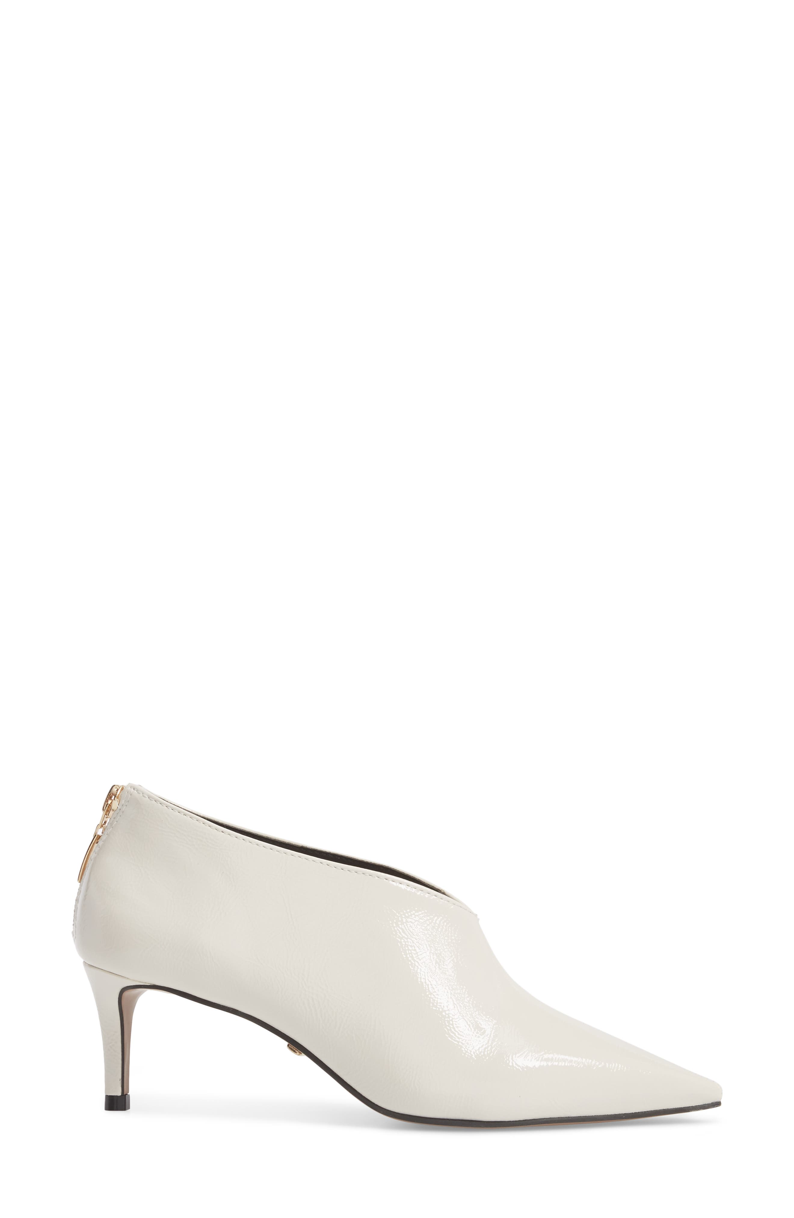 TOPSHOP,                             Jamelia Vamp Bootie,                             Alternate thumbnail 3, color,                             900