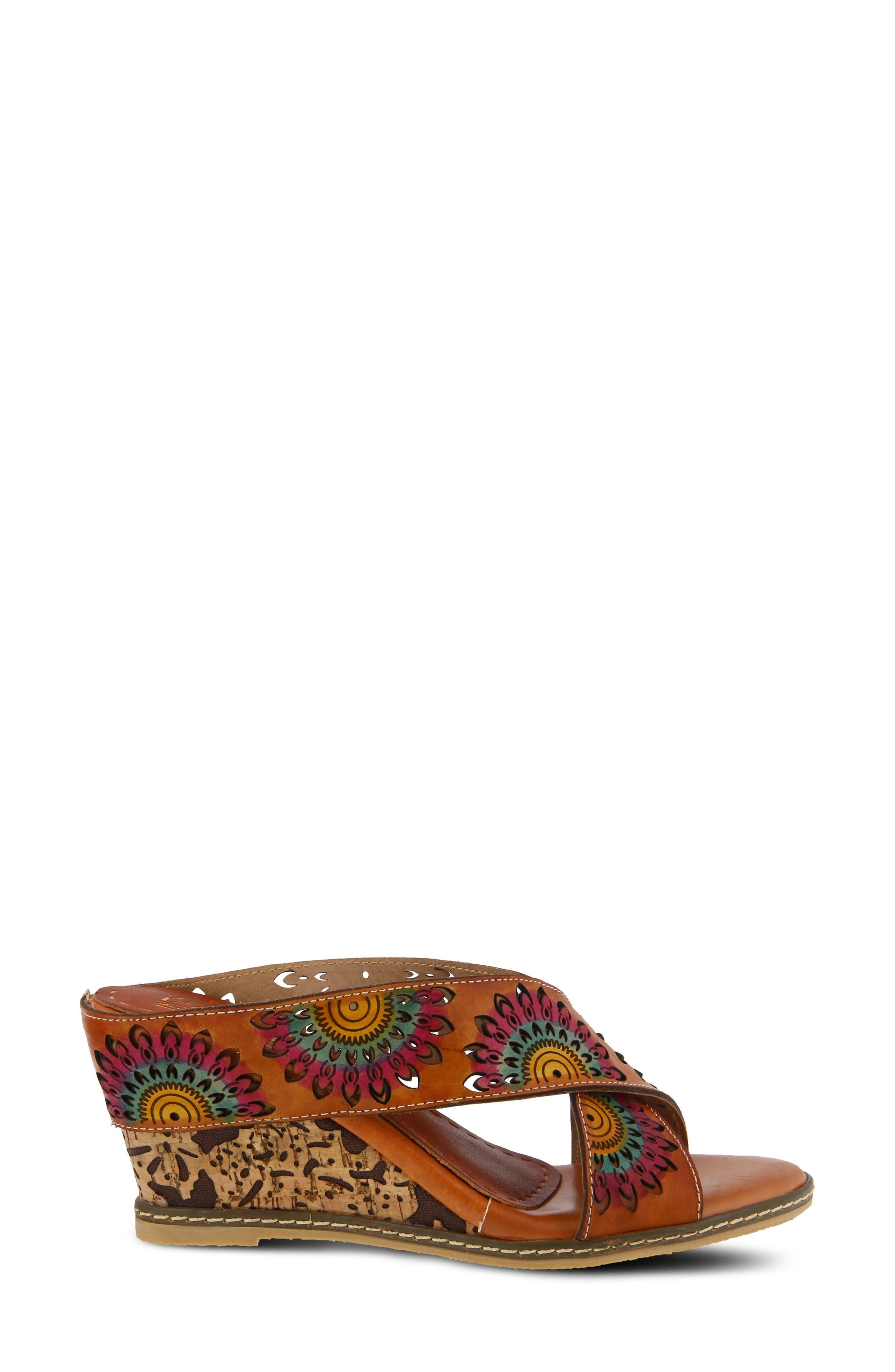 L'Artiste Enticing Wedge Sandal,                             Alternate thumbnail 3, color,                             CAMEL LEATHER