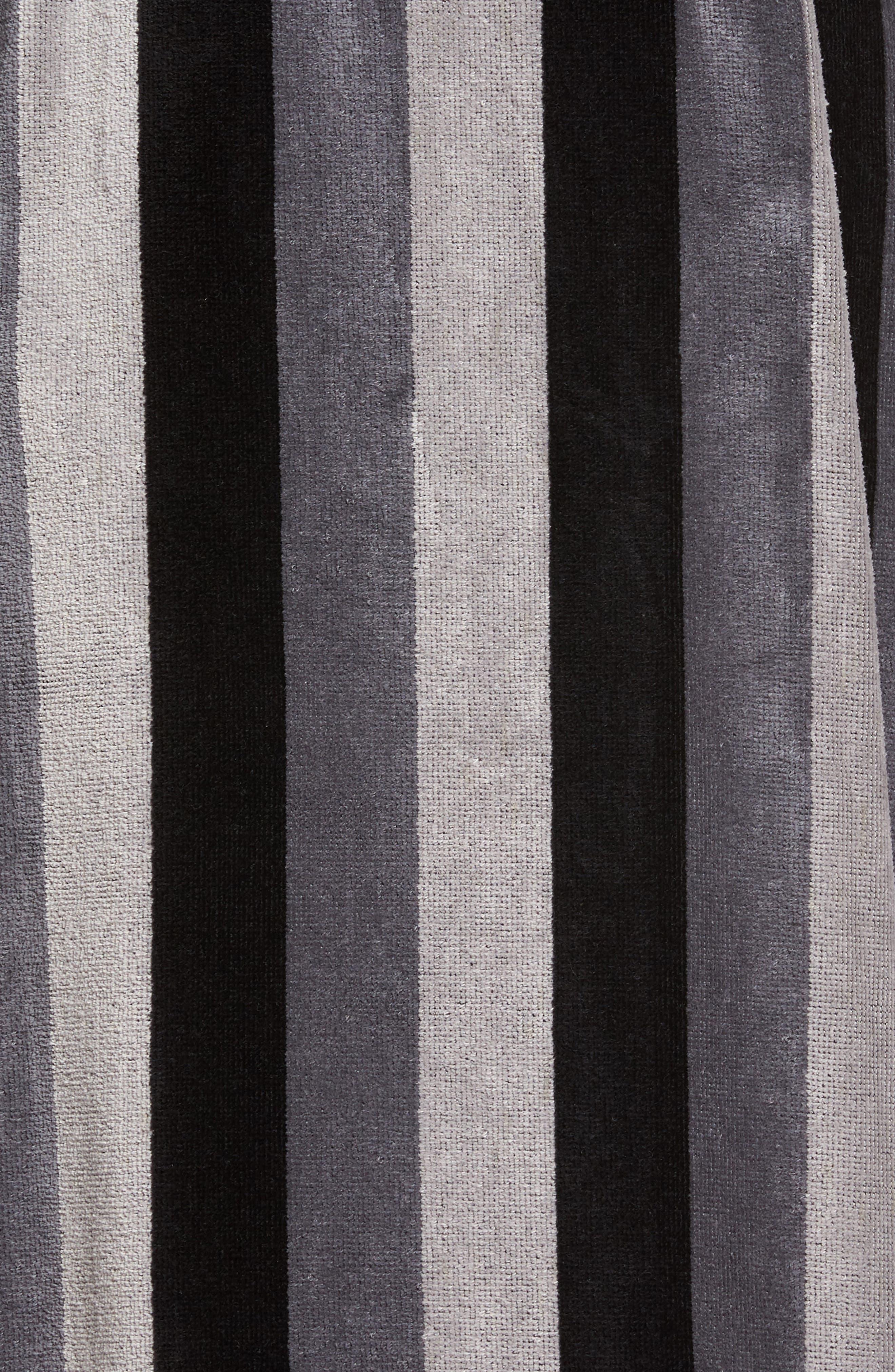 Remarkavelour Robe,                             Alternate thumbnail 5, color,                             001