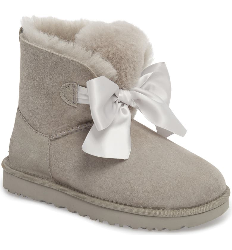 Find for UGG Mini Gita Bow Boot (Women) Great Price