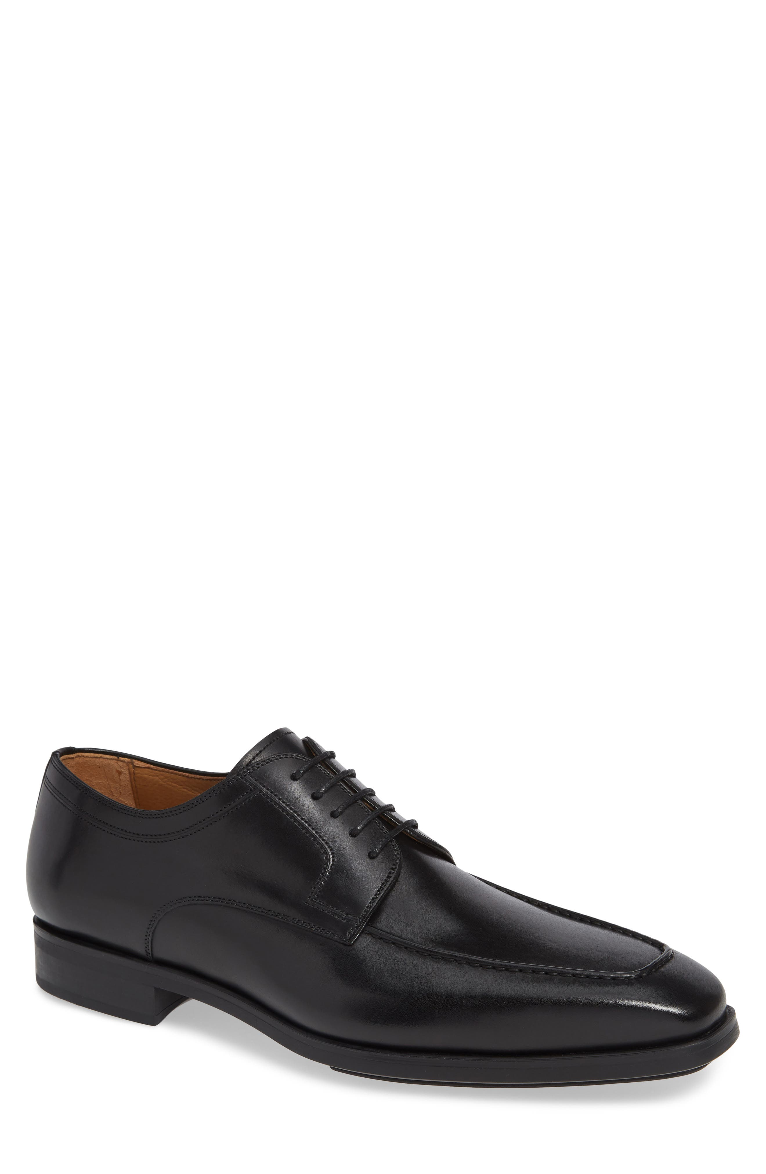 MAGNANNI,                             Diversa Romelo Apron Toe Derby,                             Main thumbnail 1, color,                             BLACK LEATHER