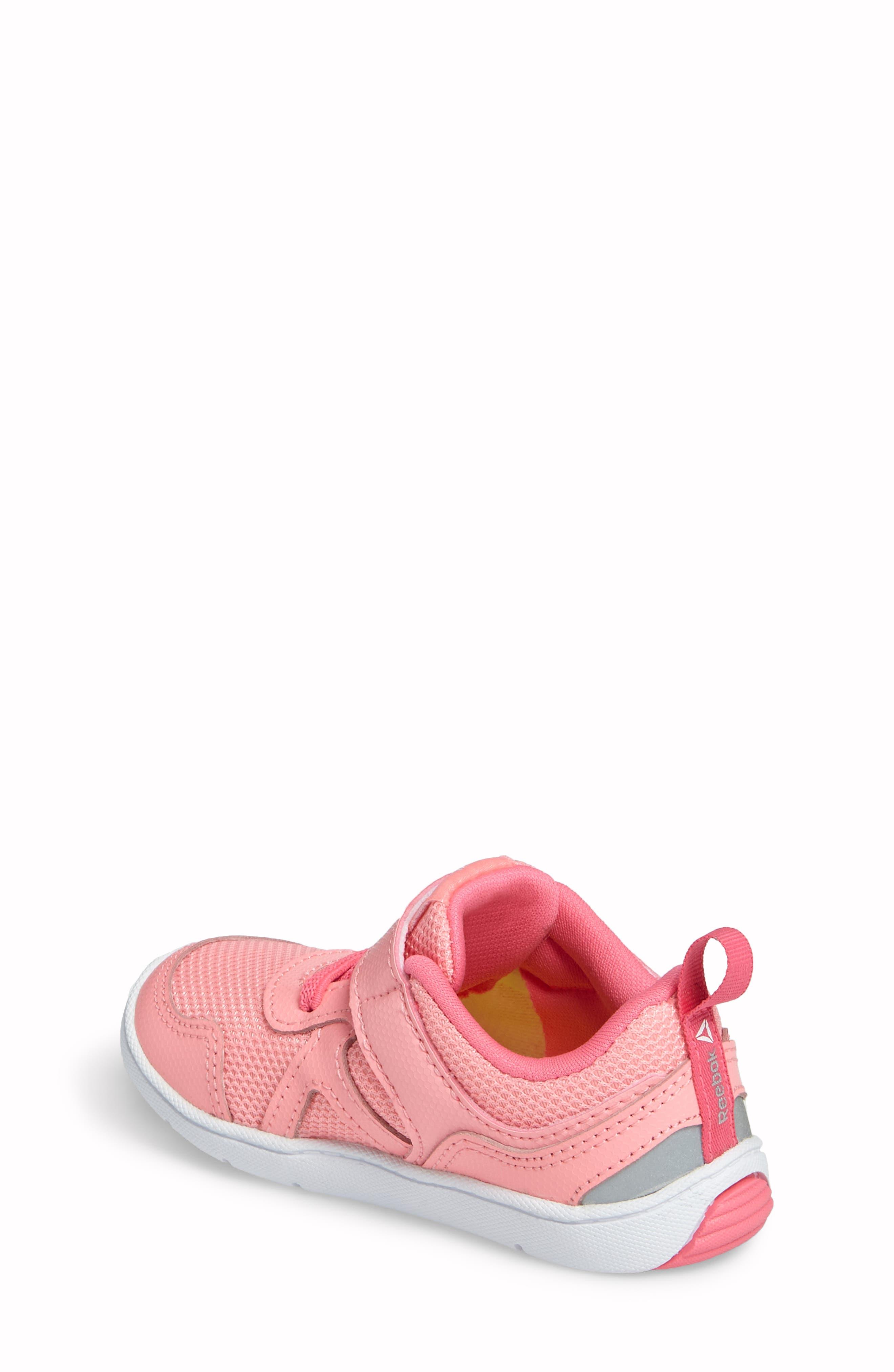 Ventureflex Stride 5.0 Sneaker,                             Alternate thumbnail 4, color,