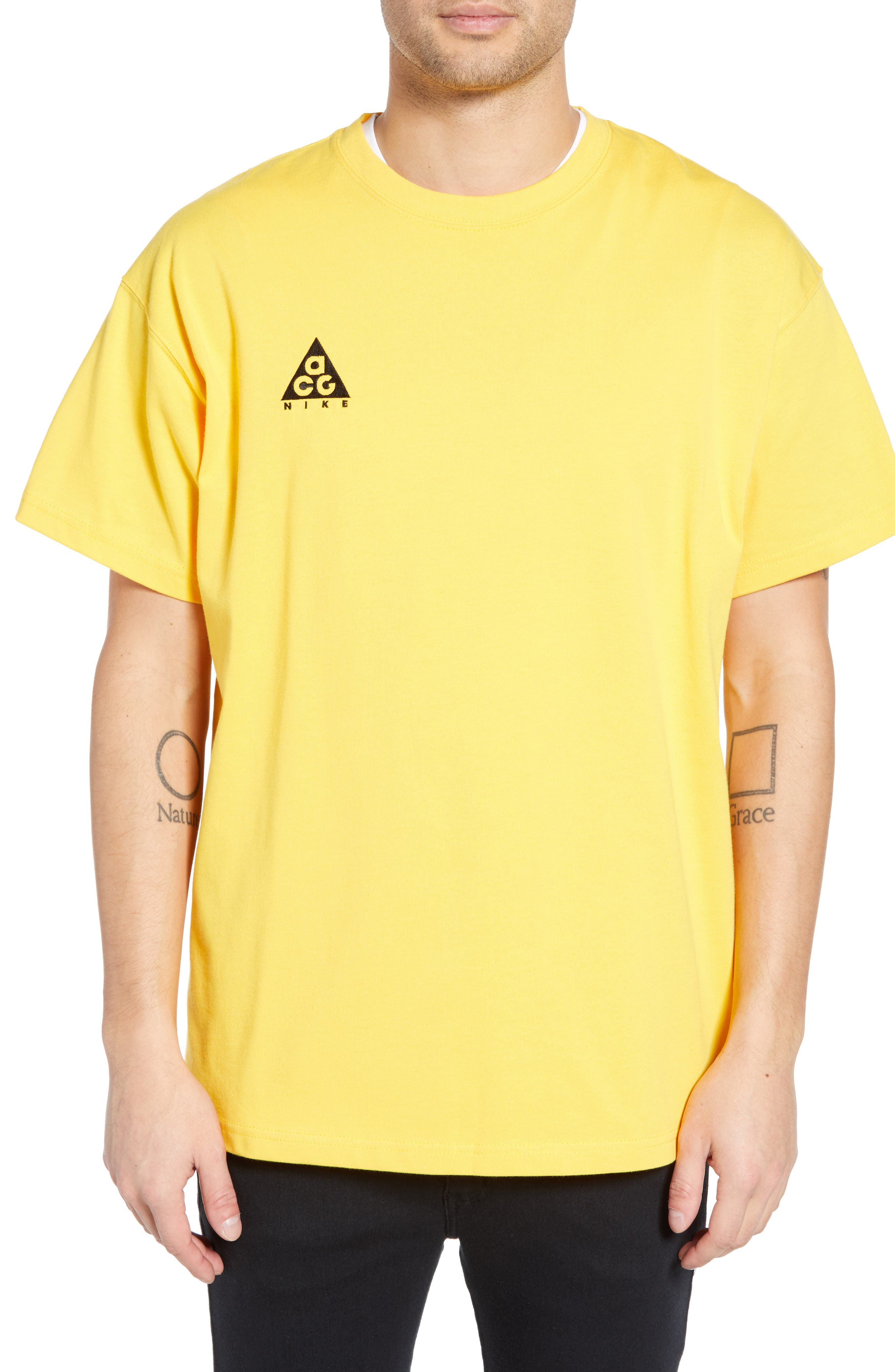 Nike Nrg All Conditions Gear Logo T-Shirt, Yellow