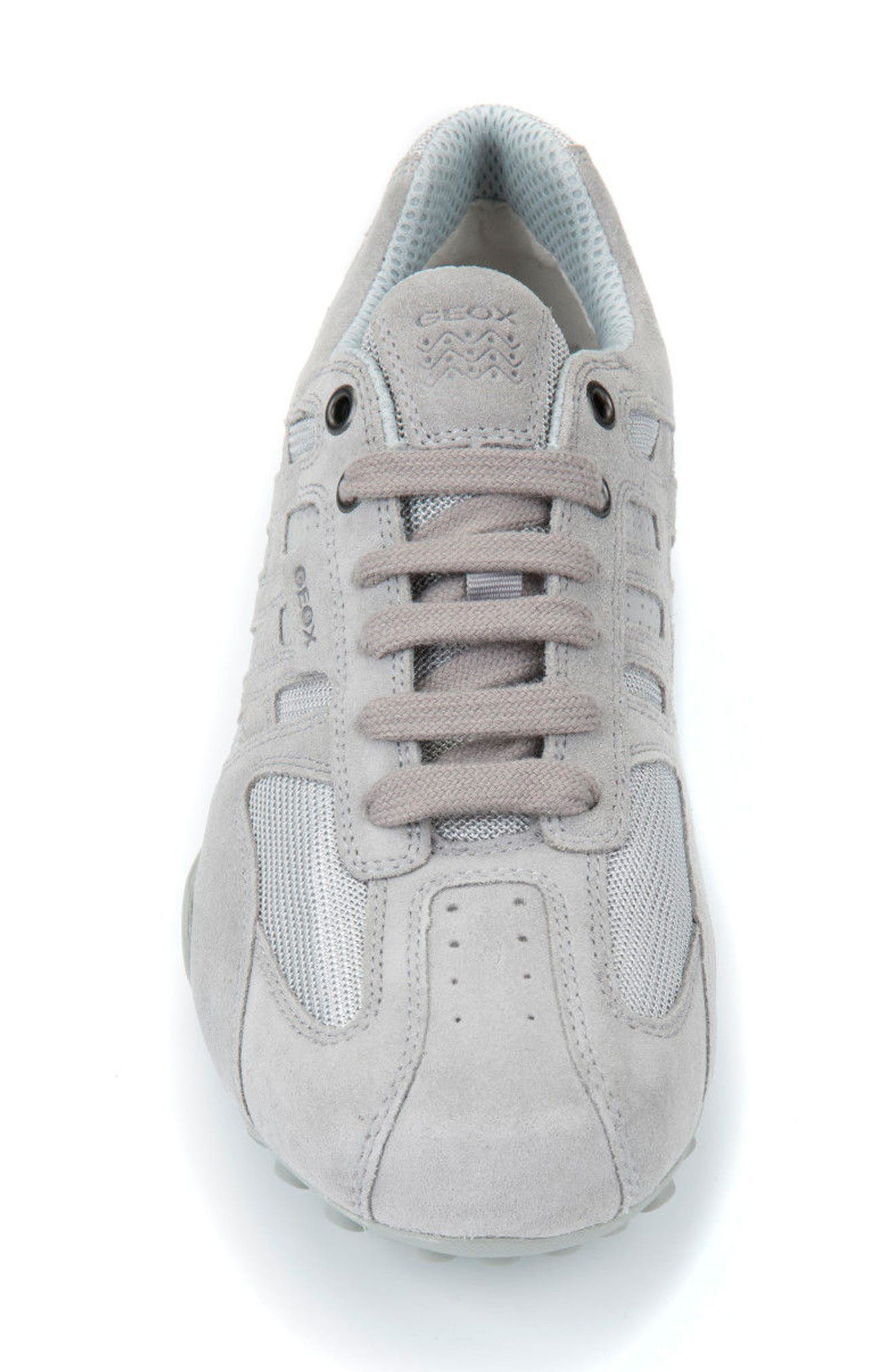 Snake 125 Low Top Sneaker,                             Alternate thumbnail 4, color,                             050