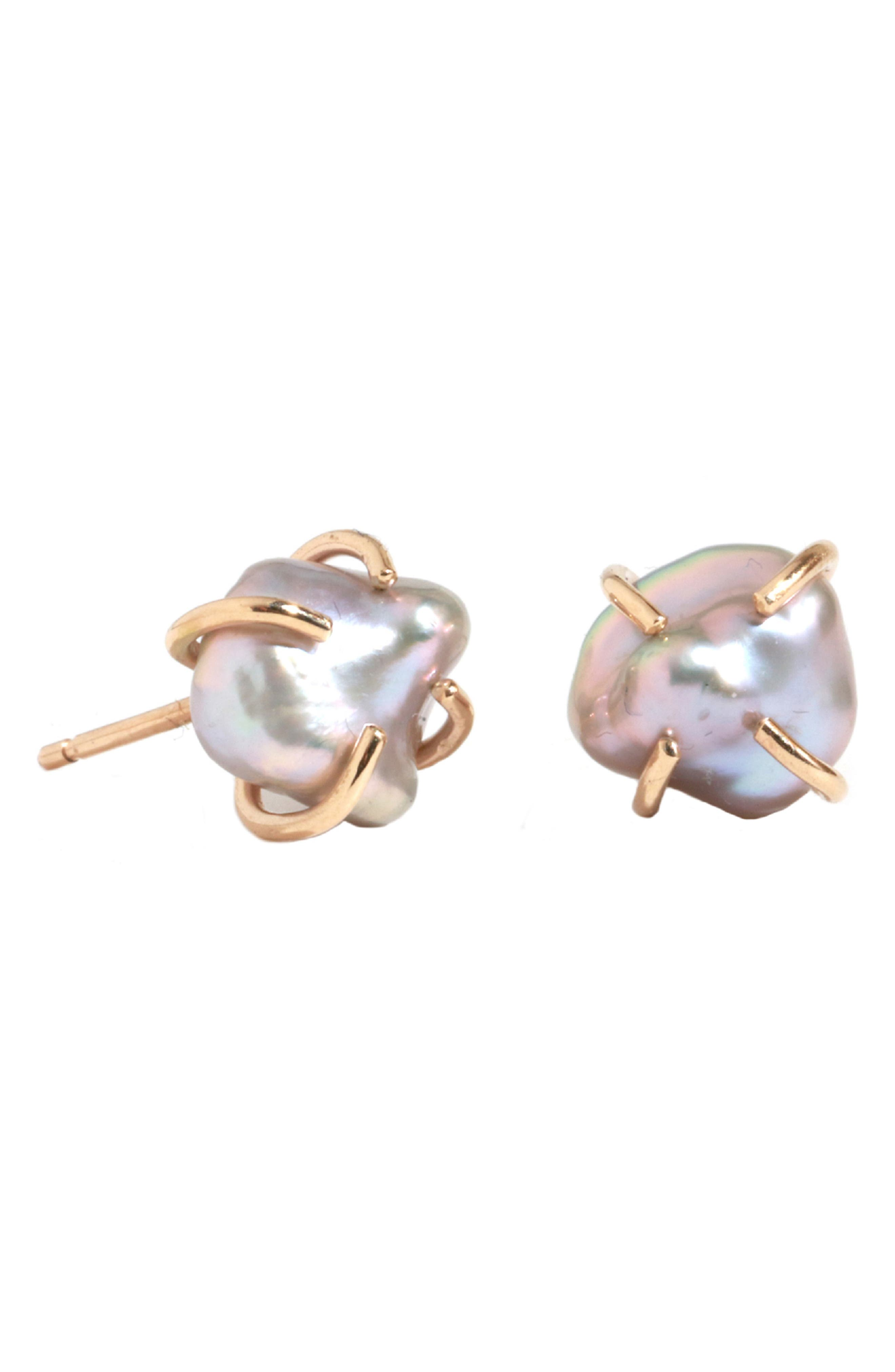 MELISSA JOY MANNING Keshi Pearl Stud Earrings in Pearl/ Yellow Gold