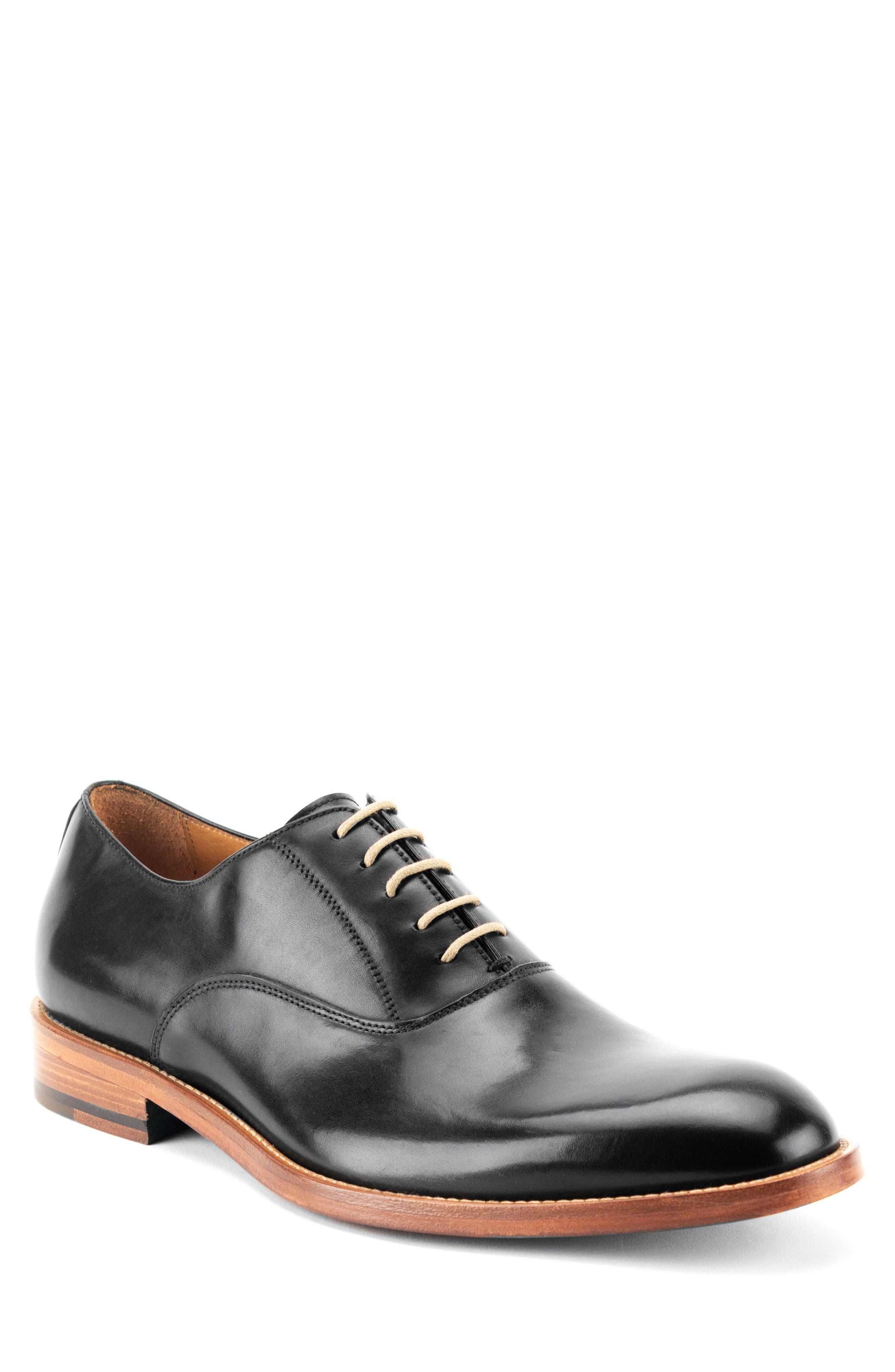 Oliver Plain Toe Oxford,                         Main,                         color, BLACK LEATHER