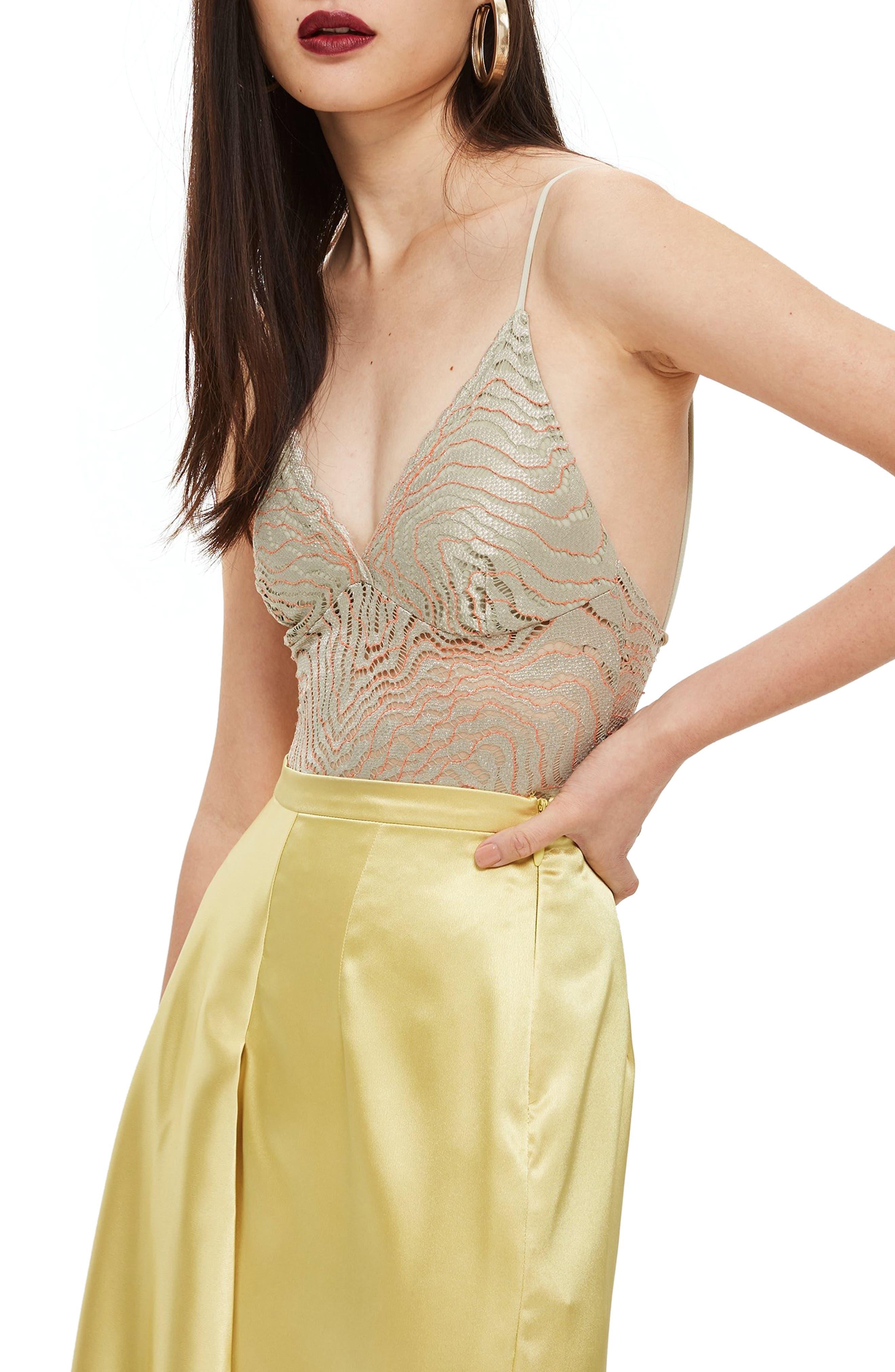 Scallop Lace Plunge Bodysuit,                             Alternate thumbnail 3, color,                             050