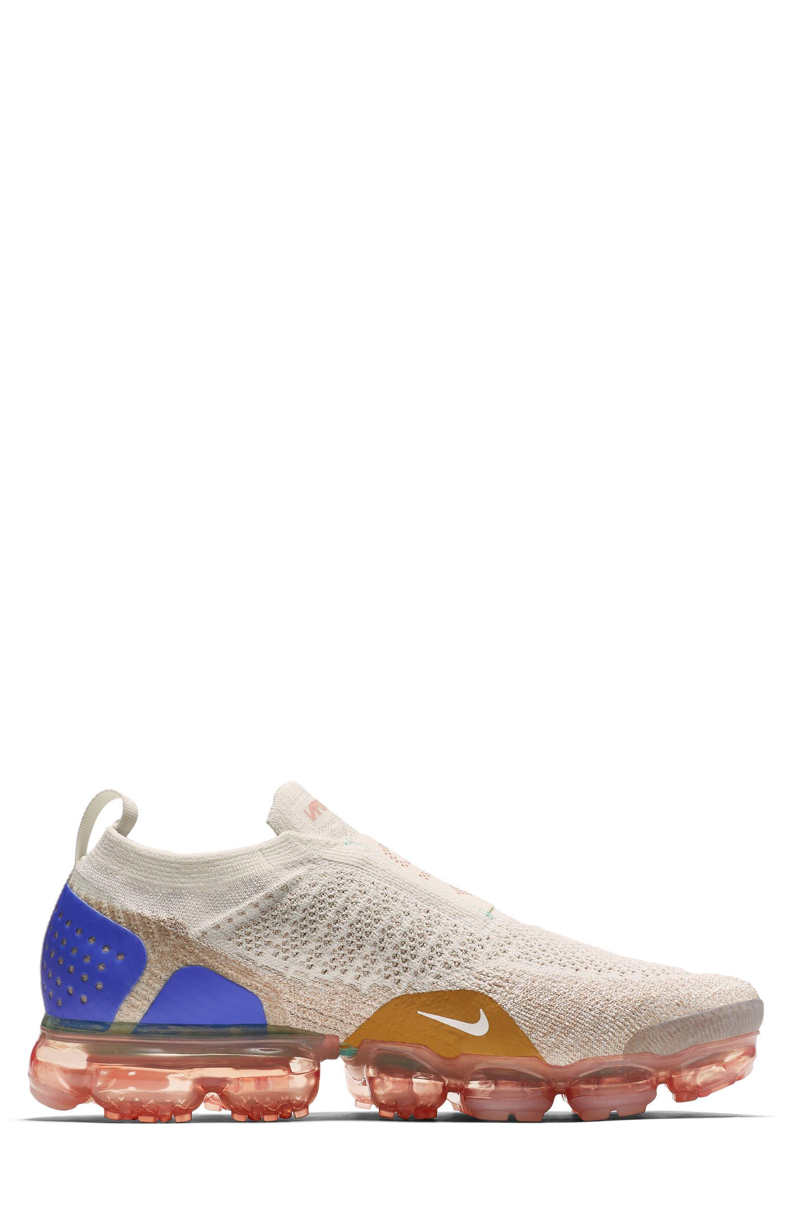 Air VaporMax Flyknit MOC 2 Running Shoe,                             Alternate thumbnail 3, color,                             250