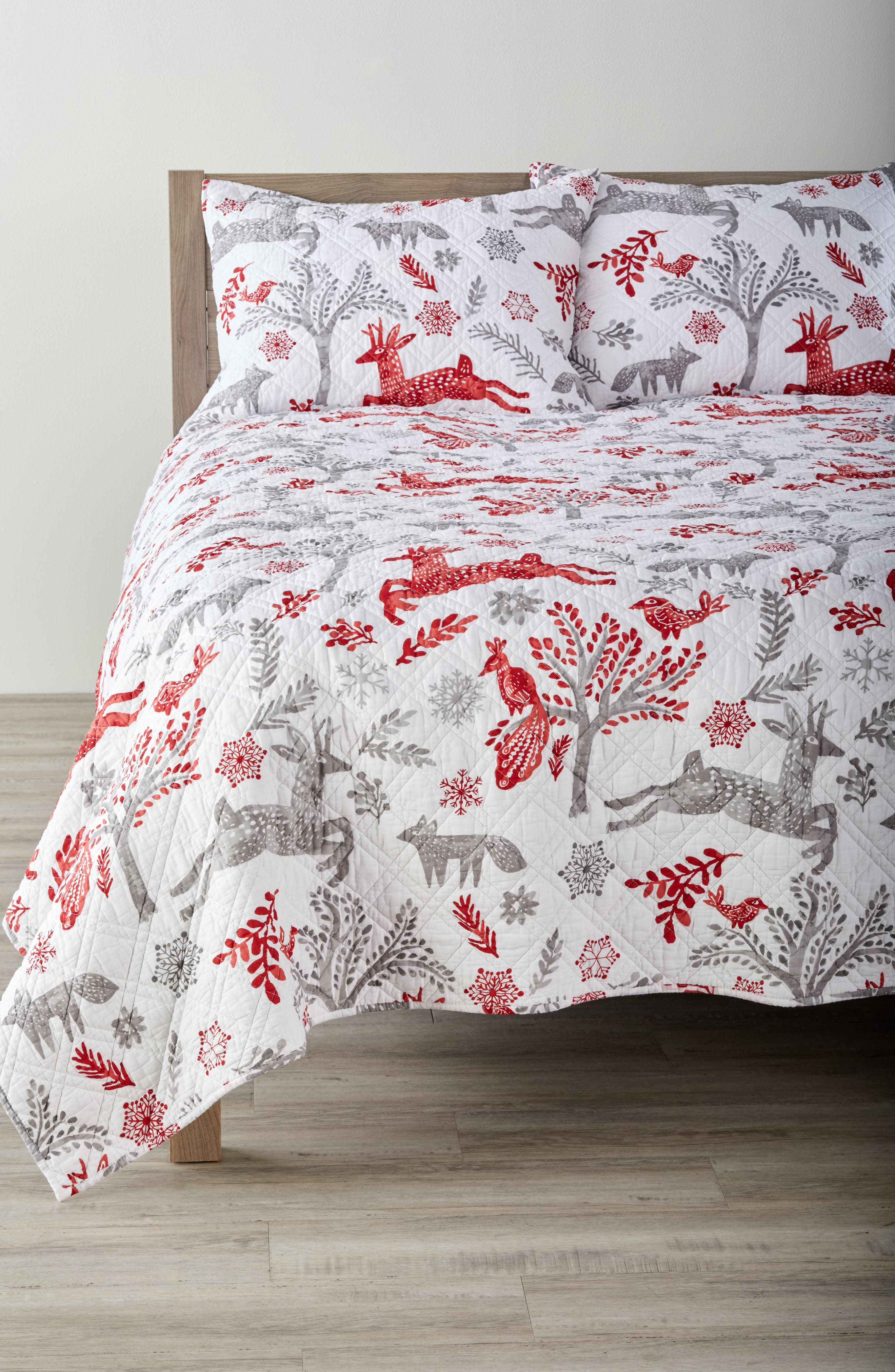 Winterland Reversible Quilt,                         Main,                         color, 020