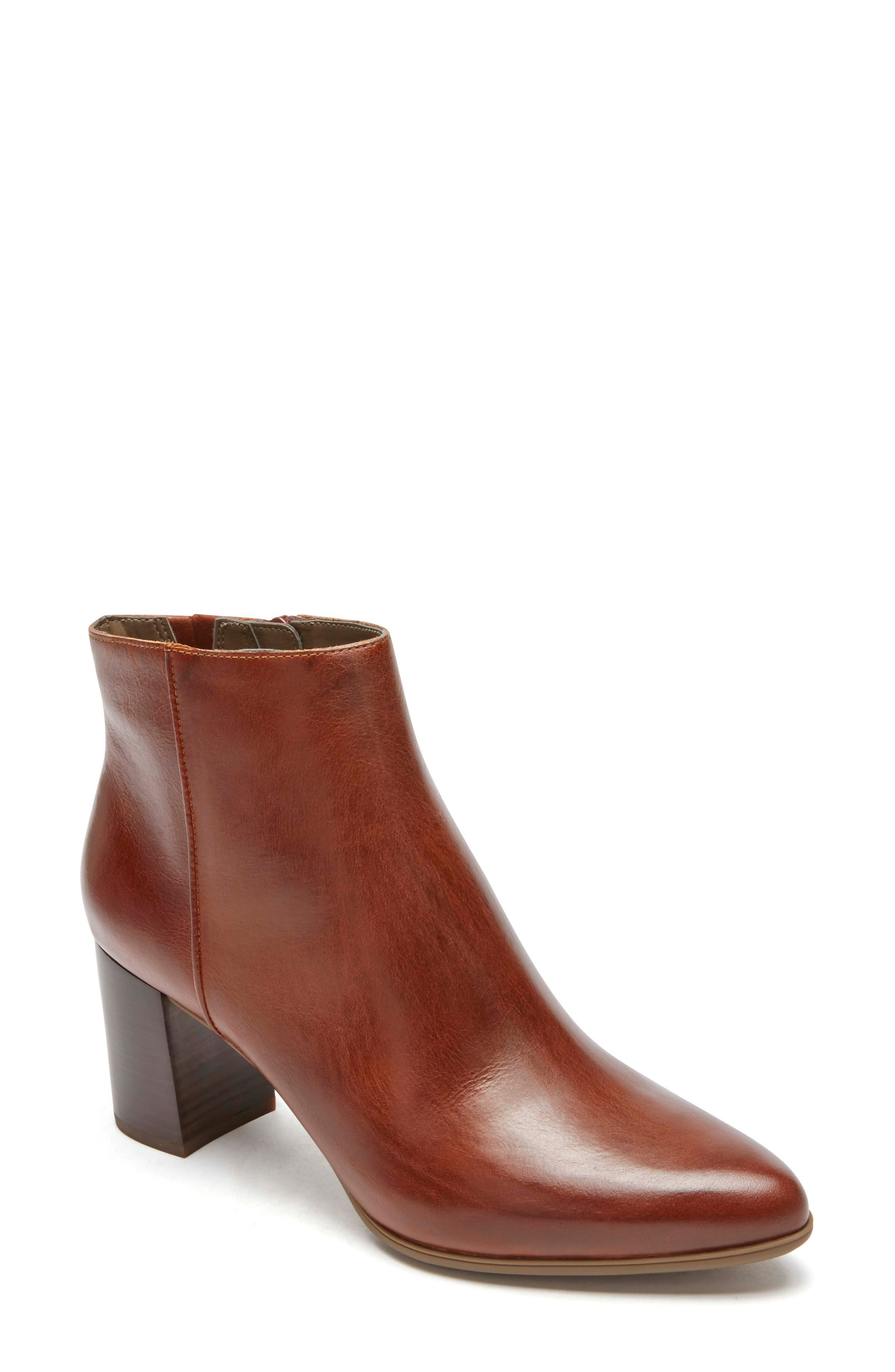 Rockport Total Motion Lynix Bootie, Brown