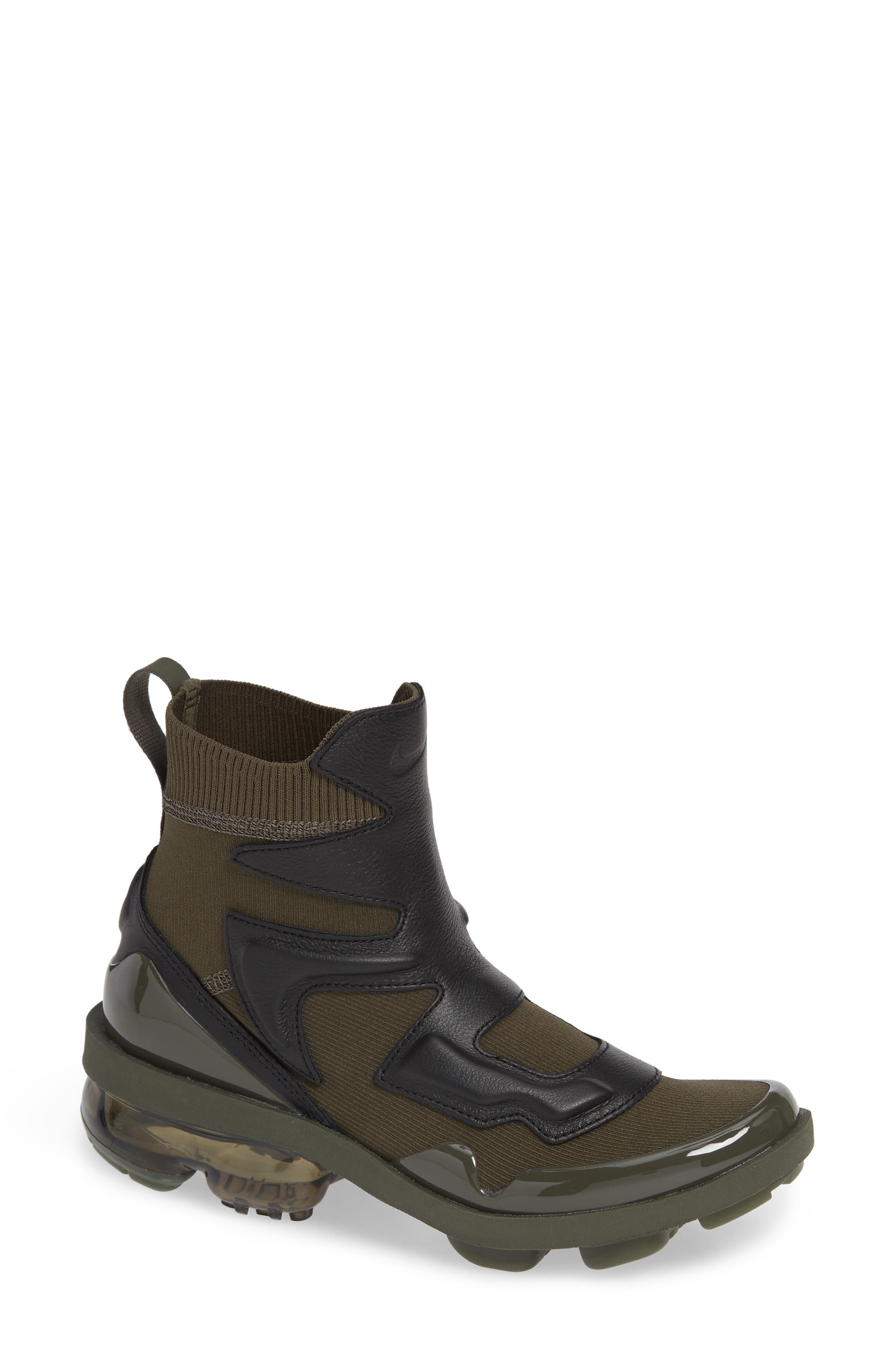 Air Vapormax Light II Sneaker,                             Main thumbnail 1, color,                             CARGO KHAKI/ BLACK