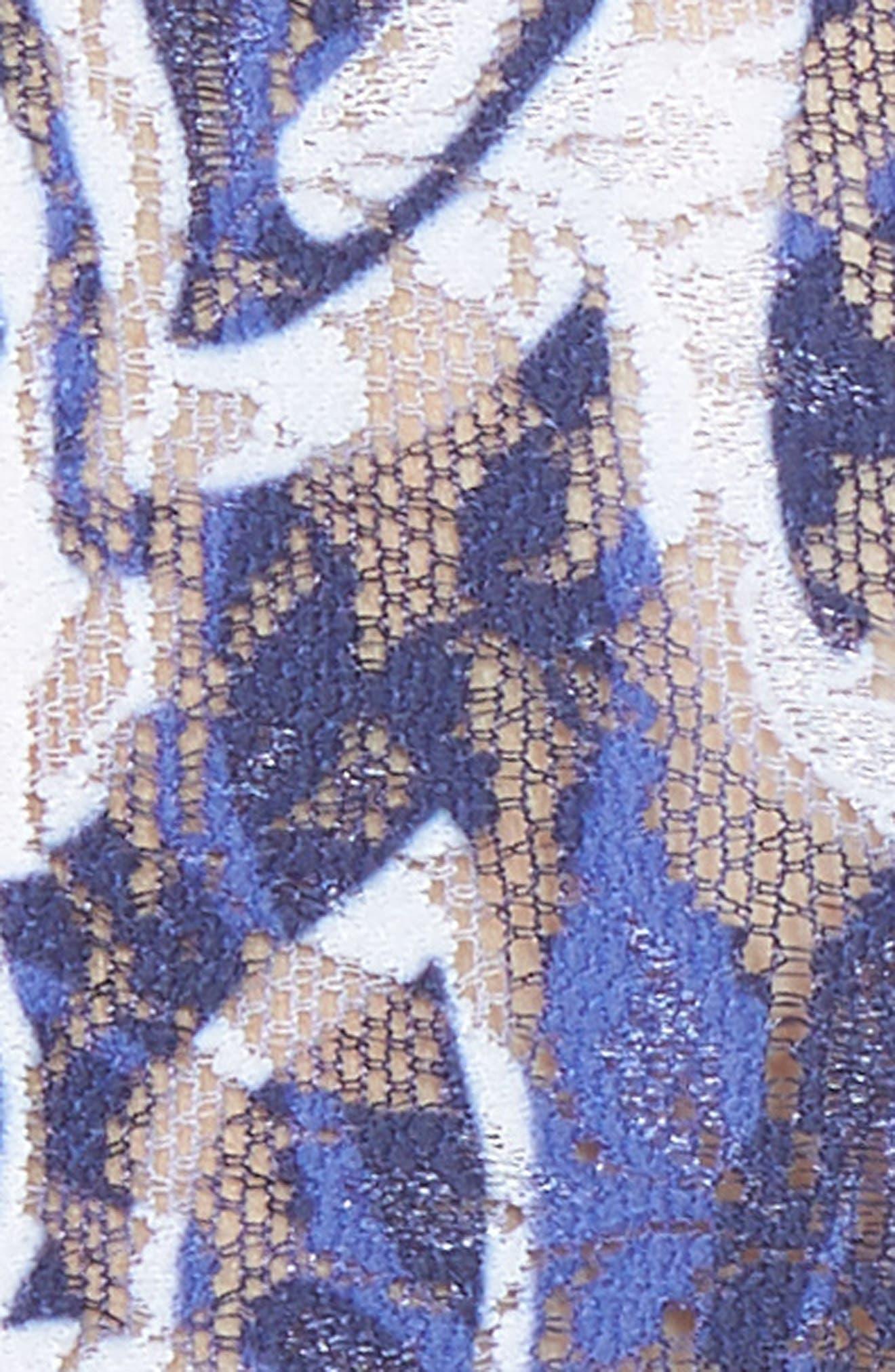 Print Low Rise Thong,                             Alternate thumbnail 5, color,                             121