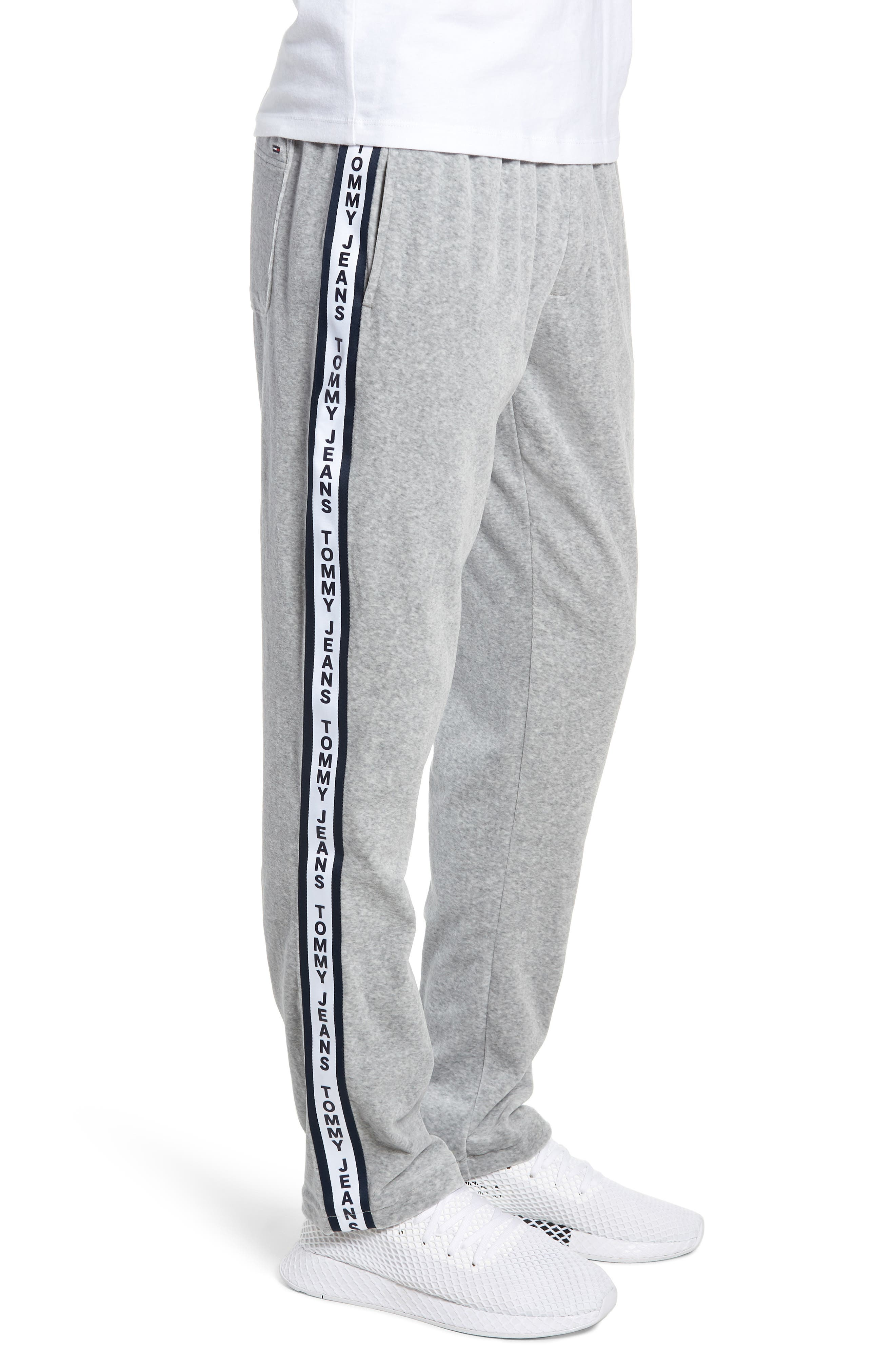 Relaxed Fit Velour Sweatpants,                             Alternate thumbnail 3, color,                             LIGHT GREY HEATHER
