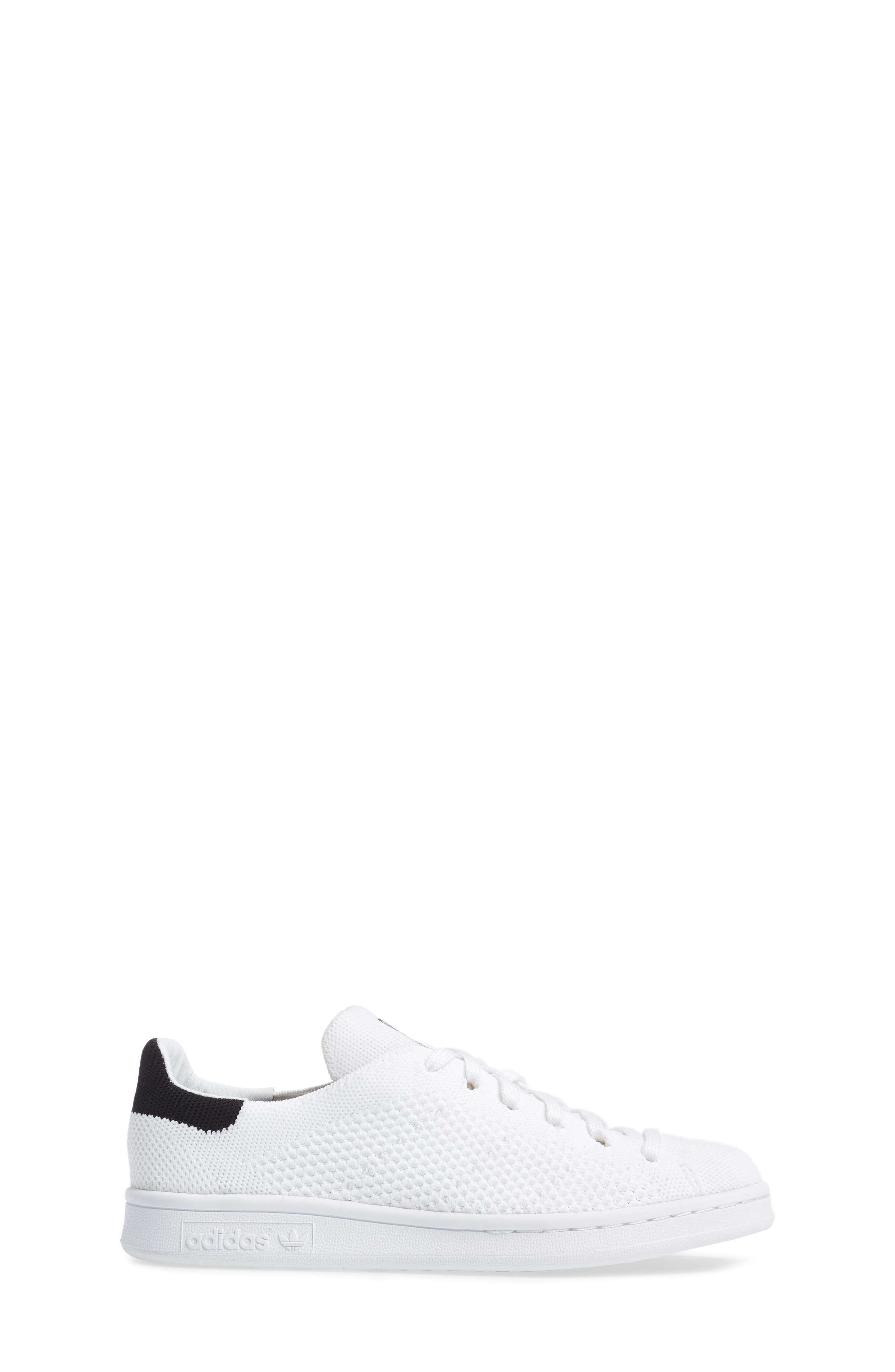 Stan Smith Primeknit Sneaker,                             Alternate thumbnail 3, color,                             100