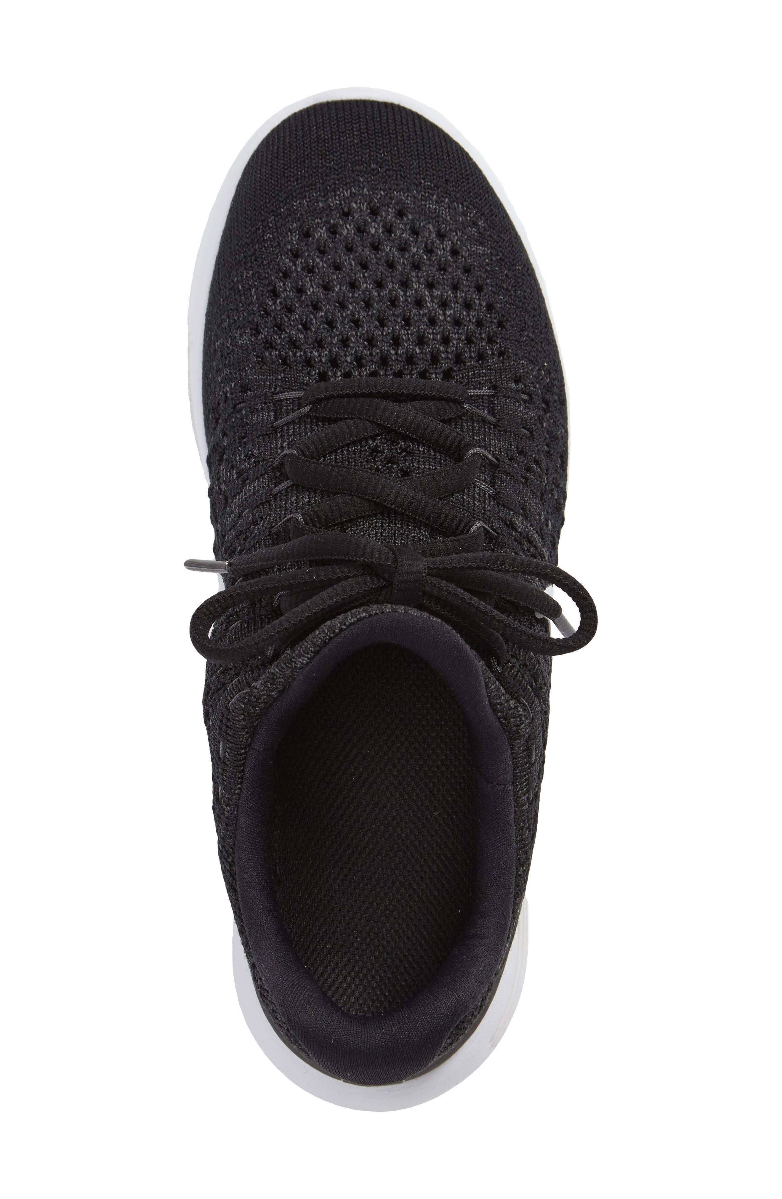 Flyknit LunarEpic Sneaker,                             Alternate thumbnail 3, color,                             001
