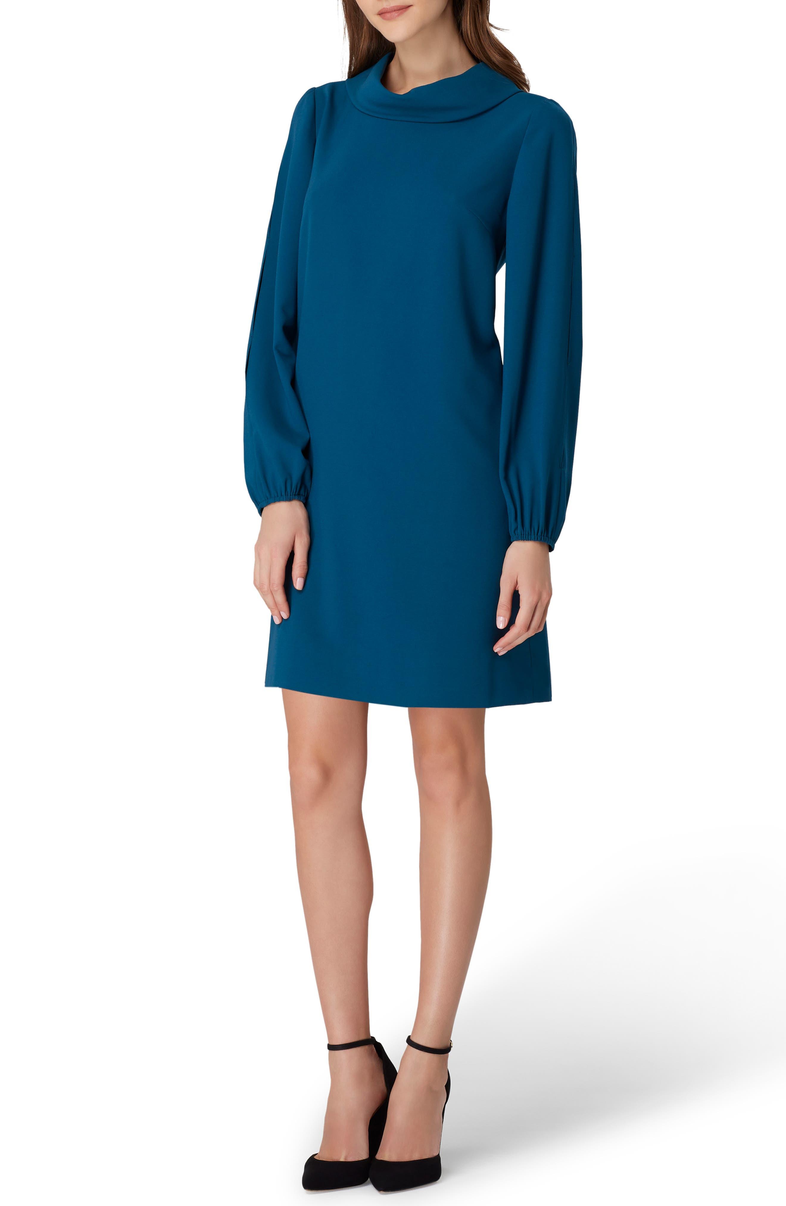 1960s – 70s Cocktail, Party, Prom, Evening Dresses Petite Womens Tahari Crepe Shift Dress Size 14P - Bluegreen $128.00 AT vintagedancer.com