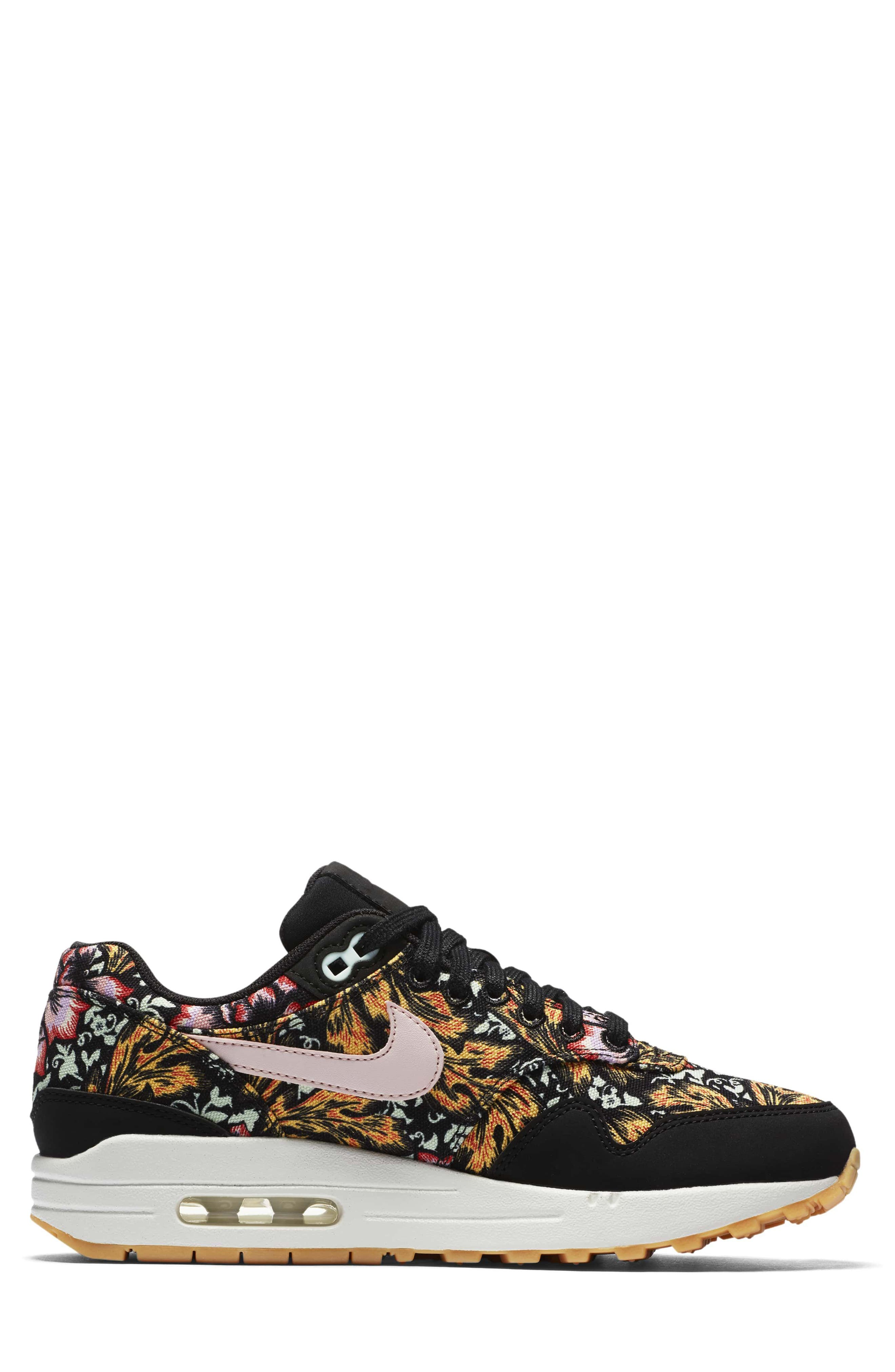Air Max 1 QS Sneaker,                             Alternate thumbnail 3, color,                             003