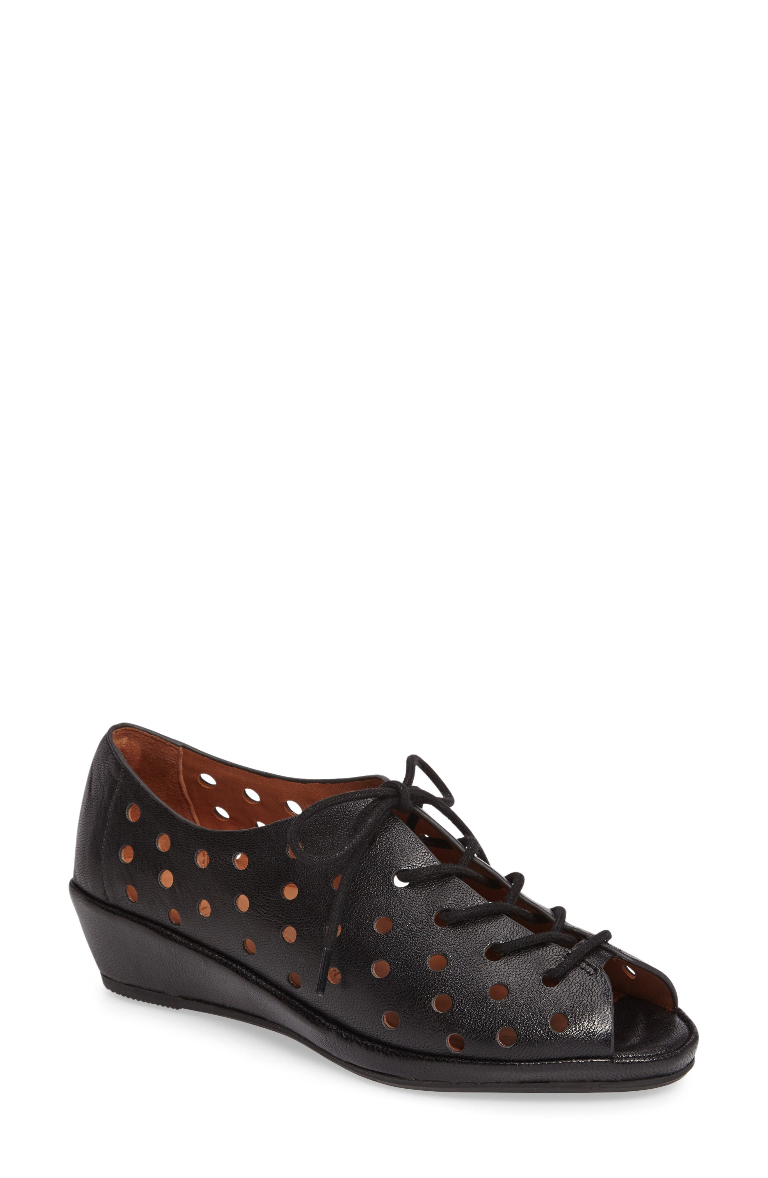 Boccoo Perforated Lace-Up Oxford,                         Main,                         color, 001