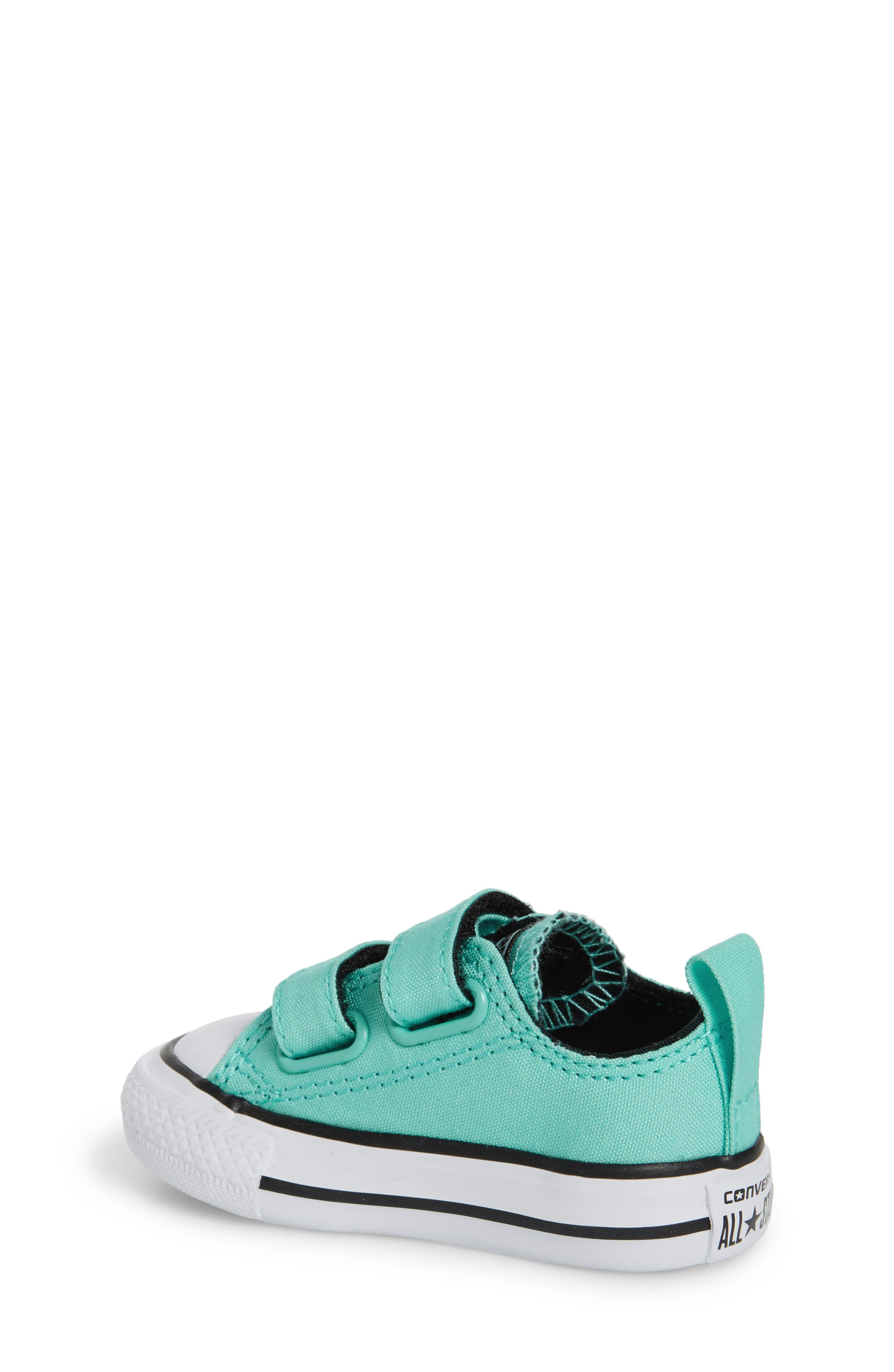 Chuck Taylor<sup>®</sup> All Star<sup>®</sup> 2V Low-Top Sneaker,                             Alternate thumbnail 2, color,